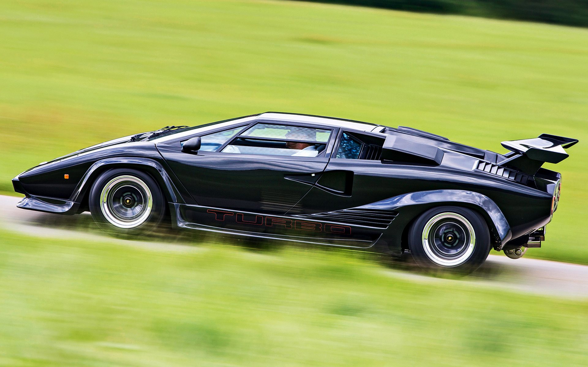 Lamborghini Countach Turbo S Prototype Car Wallpaper