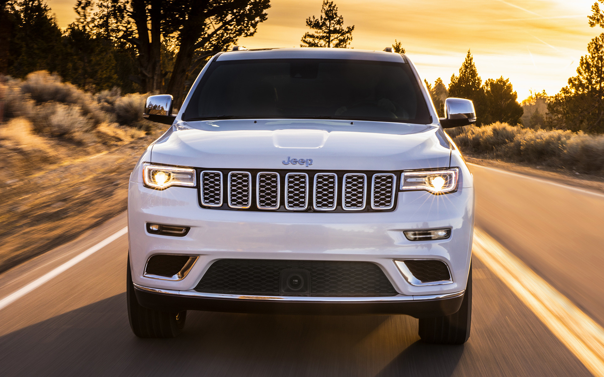 Jeep Grand Cherokee Summit (2017) Wallpapers and HD Images ...