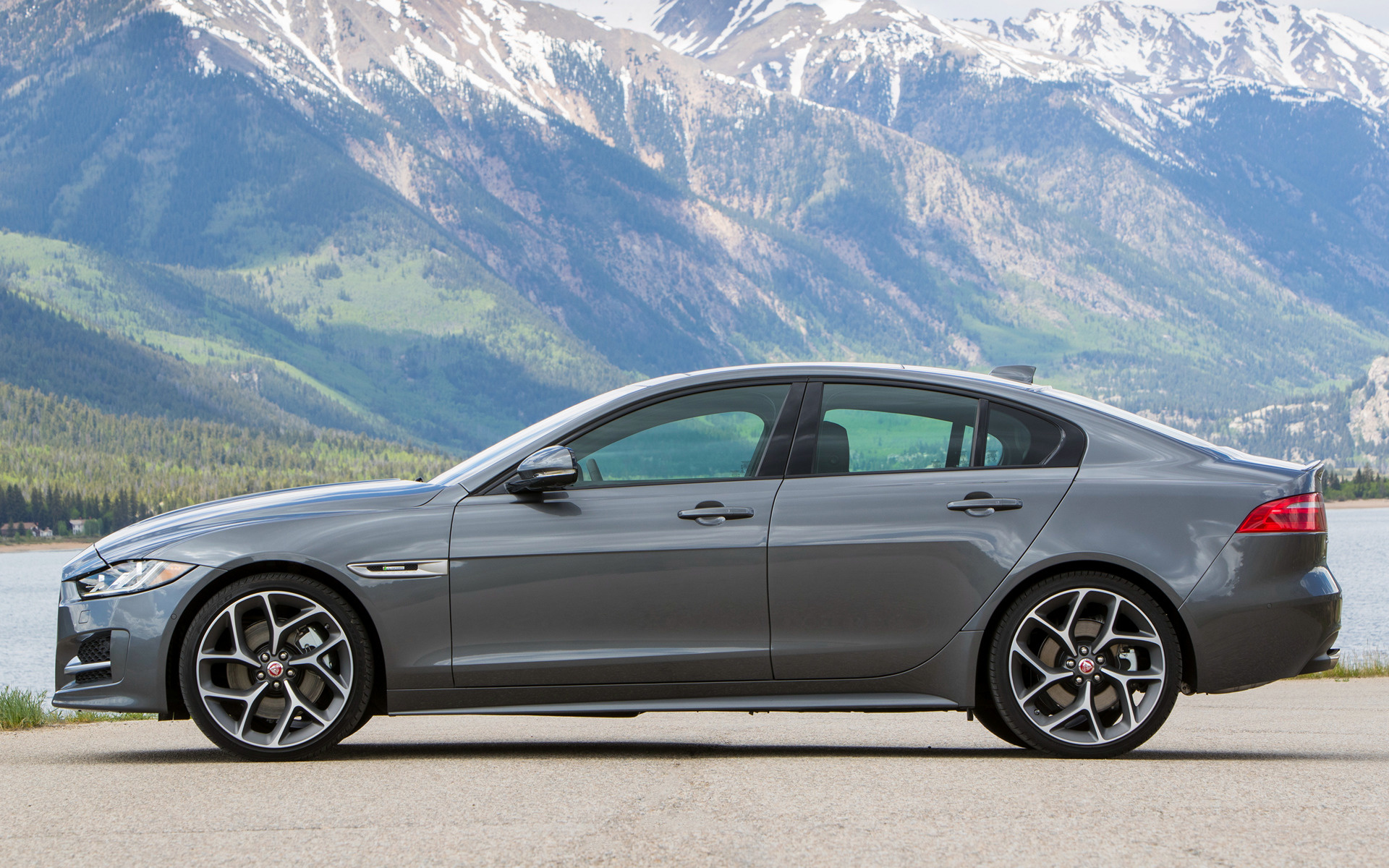 2017 Jaguar XE R-Sport (US) - Wallpapers and HD Images ...