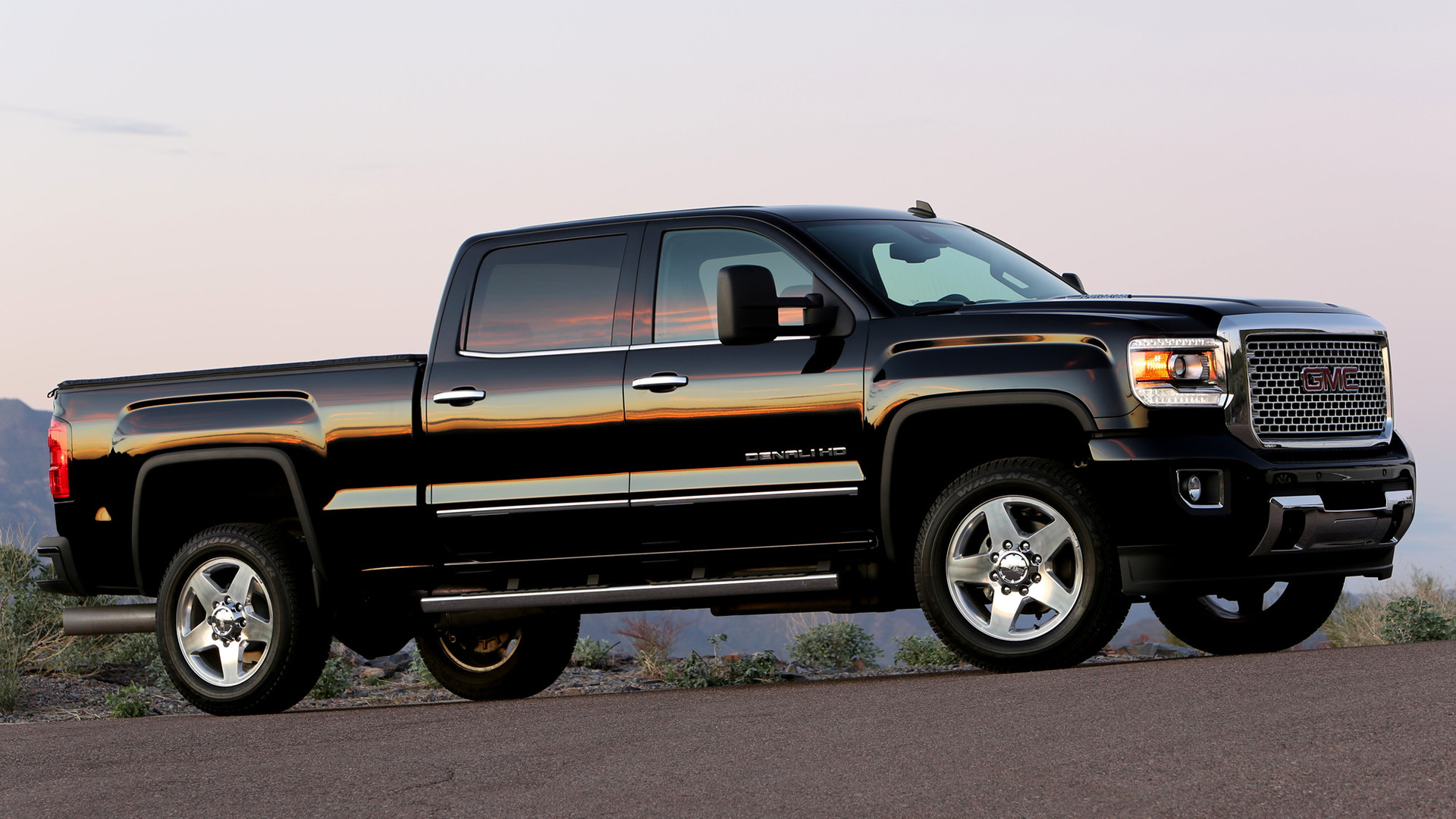 2015 GMC Sierra Denali 2500 HD Crew Cab - Wallpapers and ...