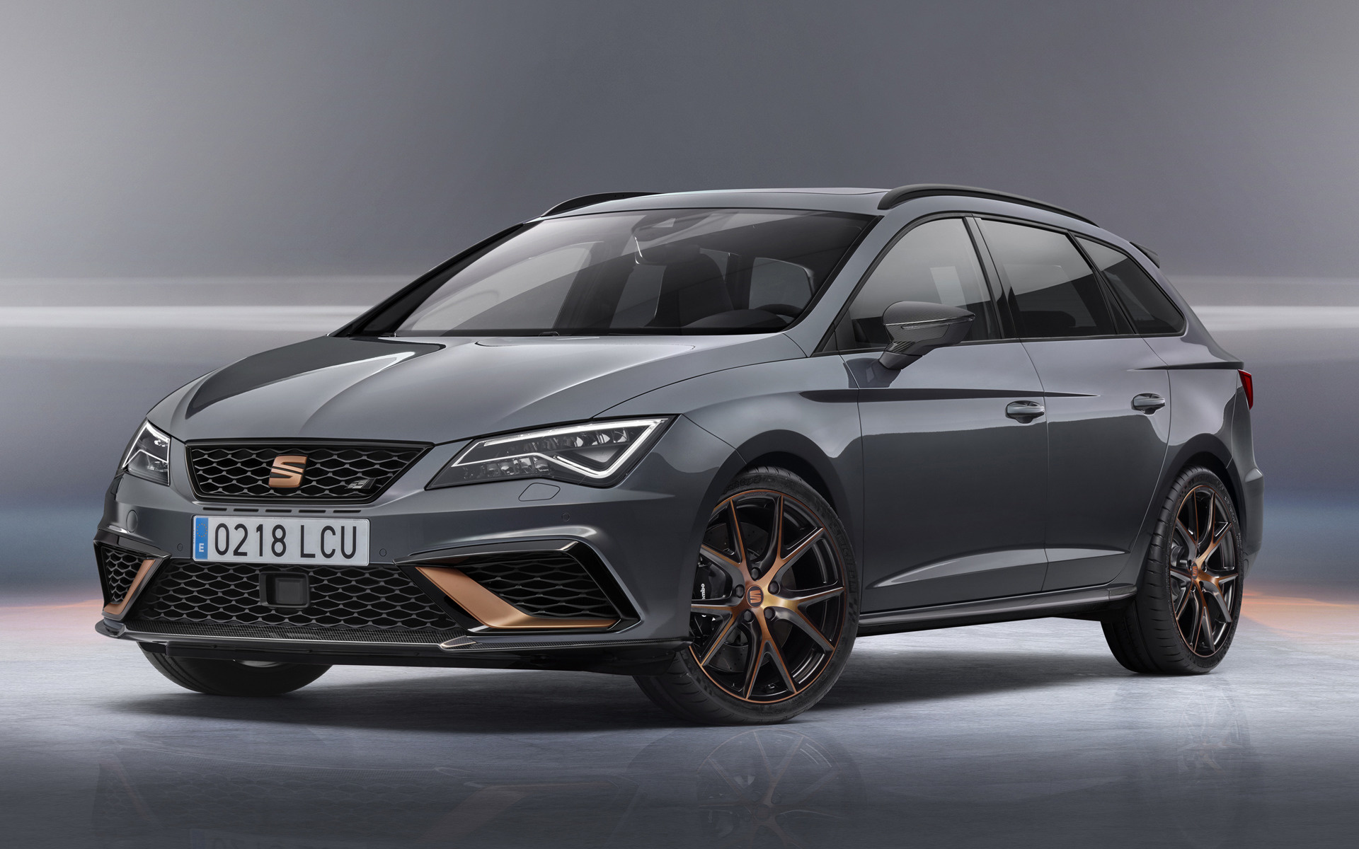 2018 seat leon st cupra r wallpapers and hd images car. Black Bedroom Furniture Sets. Home Design Ideas