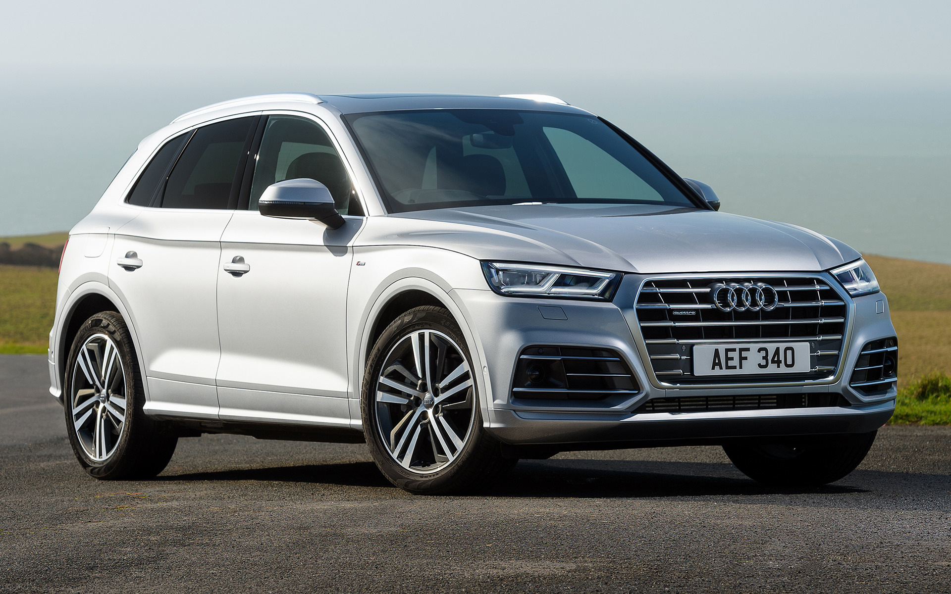 Audi Q5 S line (2017) UK Wallpapers and HD Images - Car Pixel
