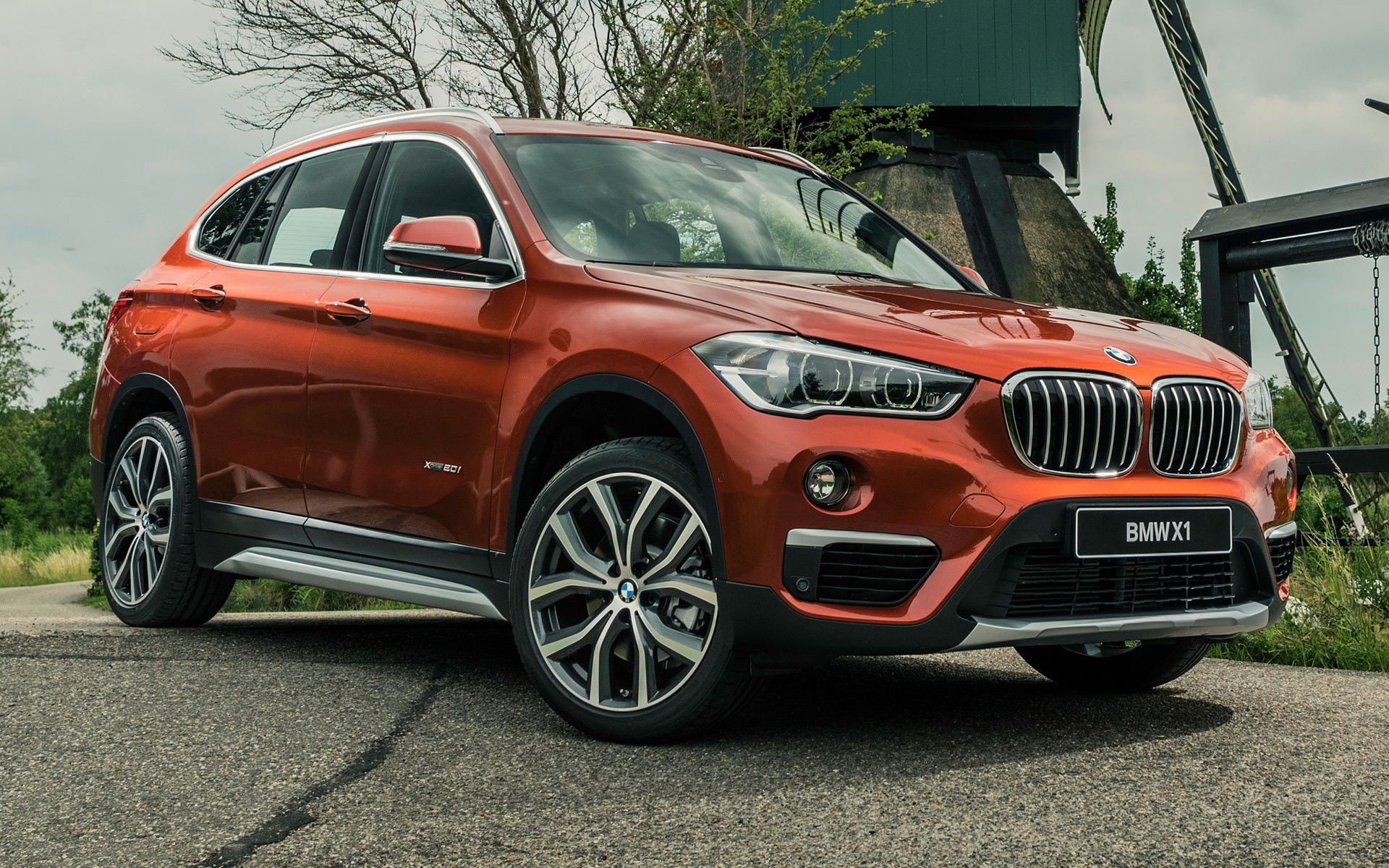 2017 BMW X1 Orange Edition - Wallpapers and HD Images ...