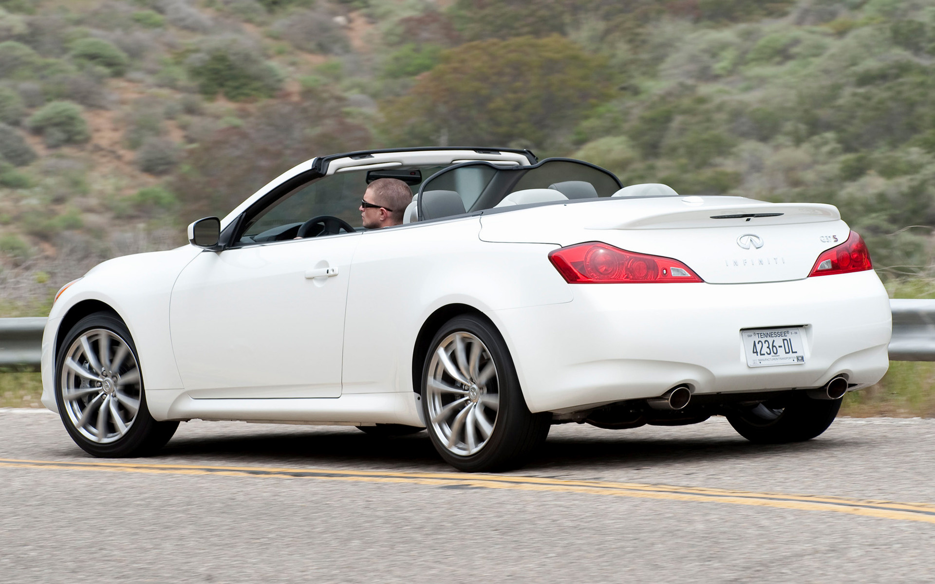 Infiniti g37 sport convertible 2009 wallpapers and hd images wide 85 sciox Images