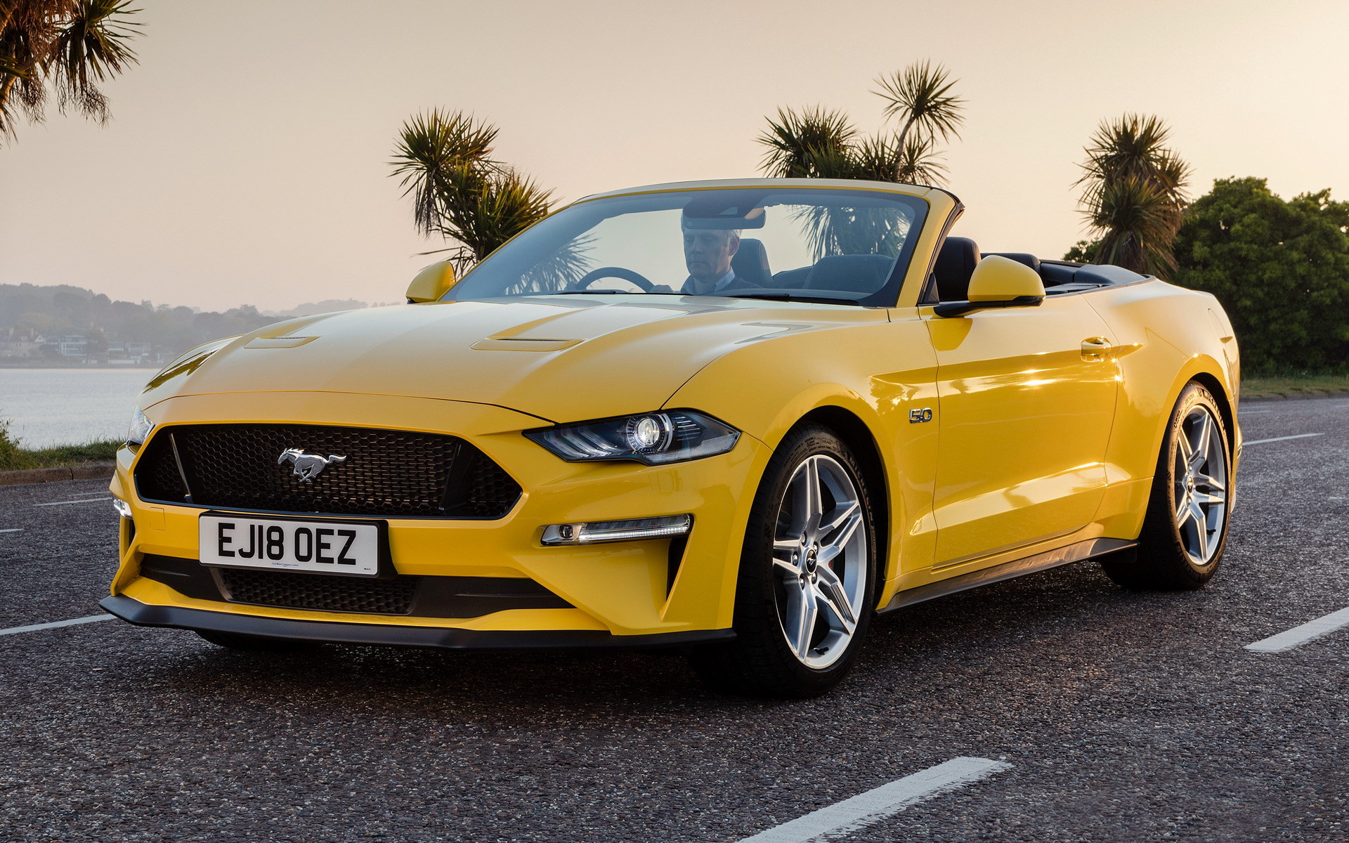 2018 Ford Mustang Gt Convertible Uk Wallpapers And Hd
