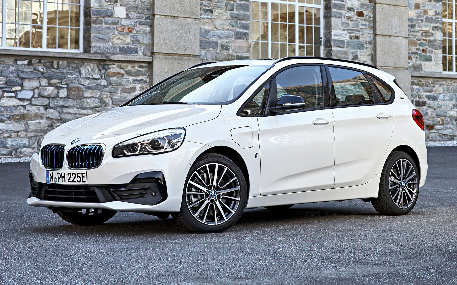 bmw 2 series active tourer plug in hybrid 2018. Black Bedroom Furniture Sets. Home Design Ideas