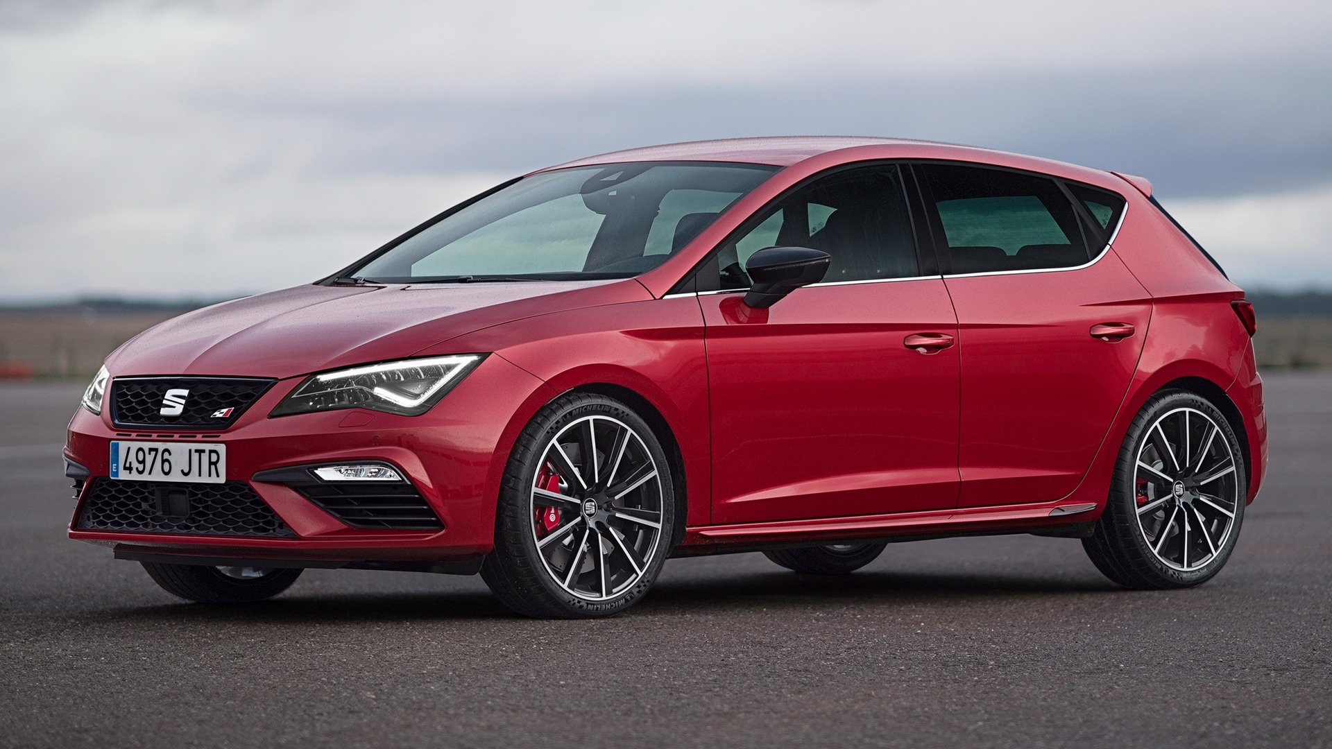 seat leon cupra 300 2017 wallpapers and hd images car pixel. Black Bedroom Furniture Sets. Home Design Ideas