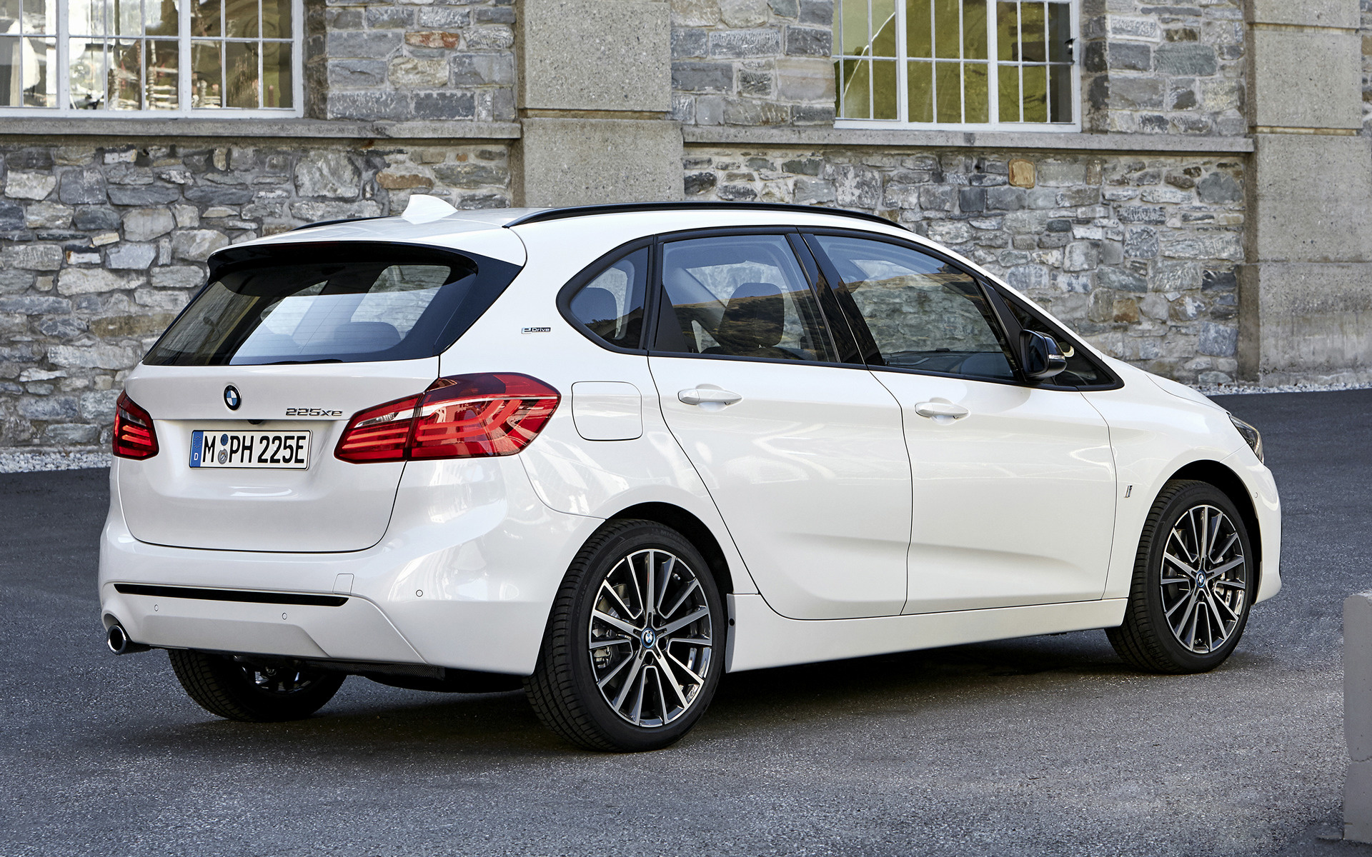 Bmw M Series >> 2018 BMW 2 Series Active Tourer Plug-In Hybrid - Wallpapers and HD Images | Car Pixel