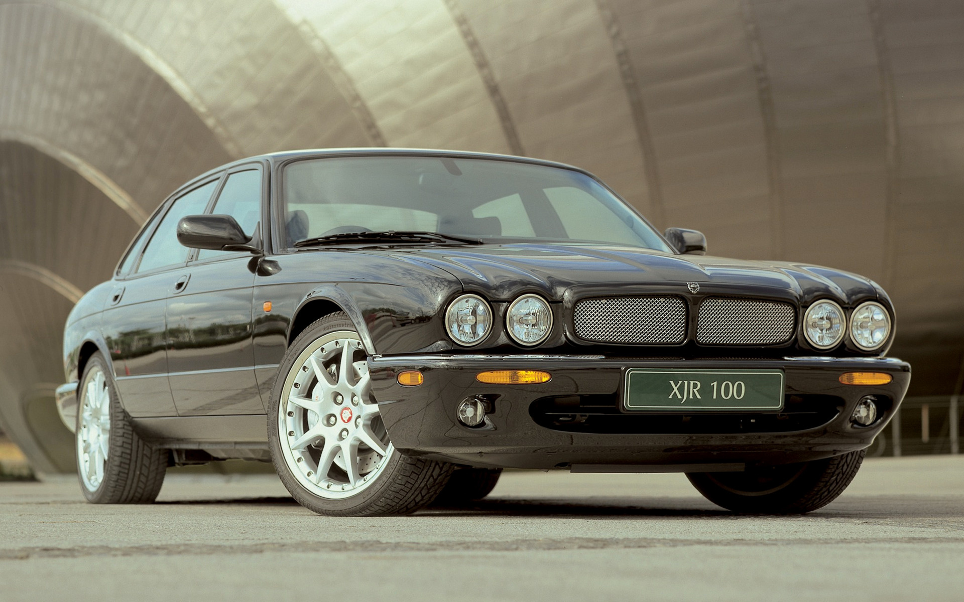 Wide 8 5 jaguar xjr 100 2002