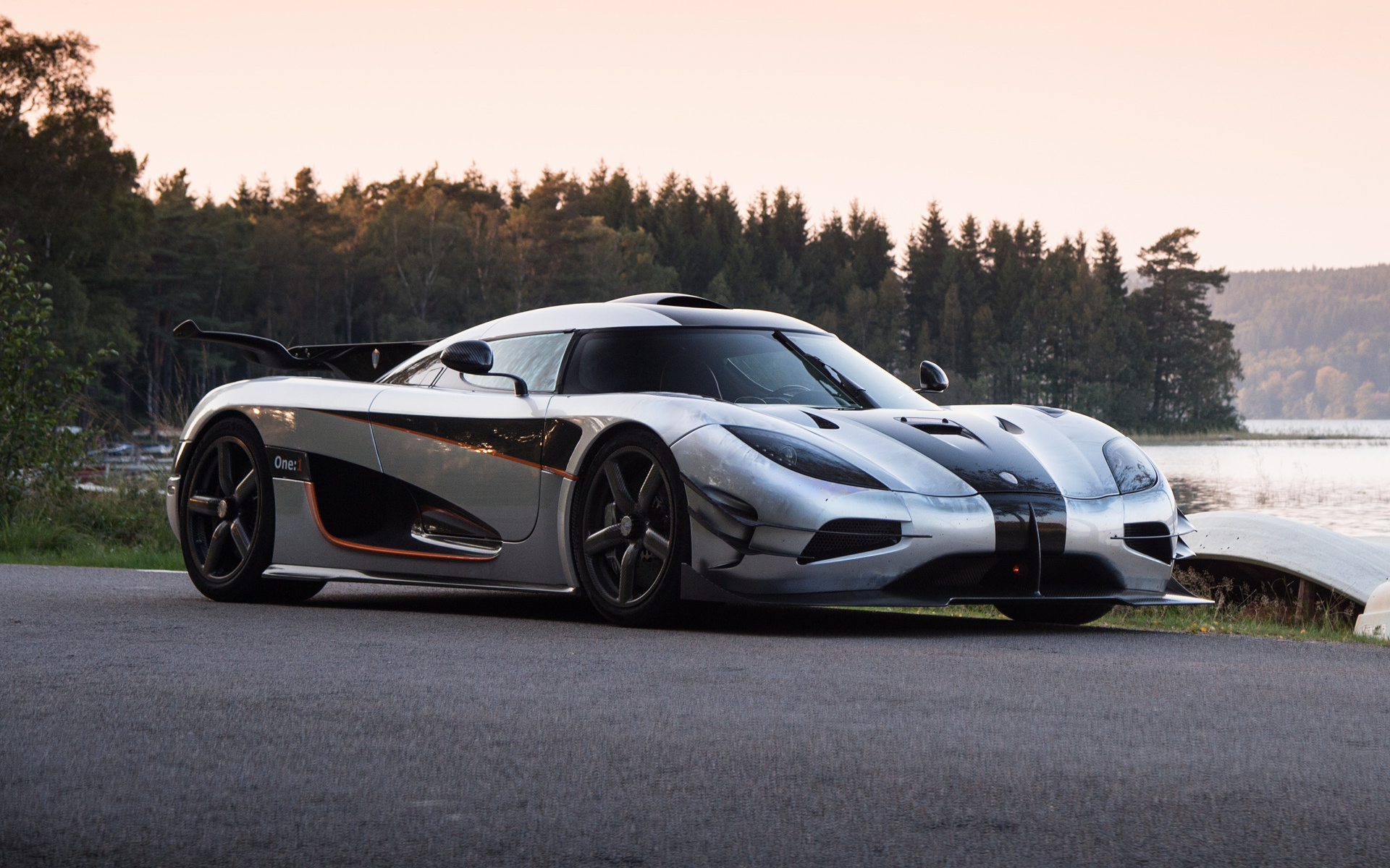 koenigsegg one 1 2014 wallpapers and hd images car pixel. Black Bedroom Furniture Sets. Home Design Ideas