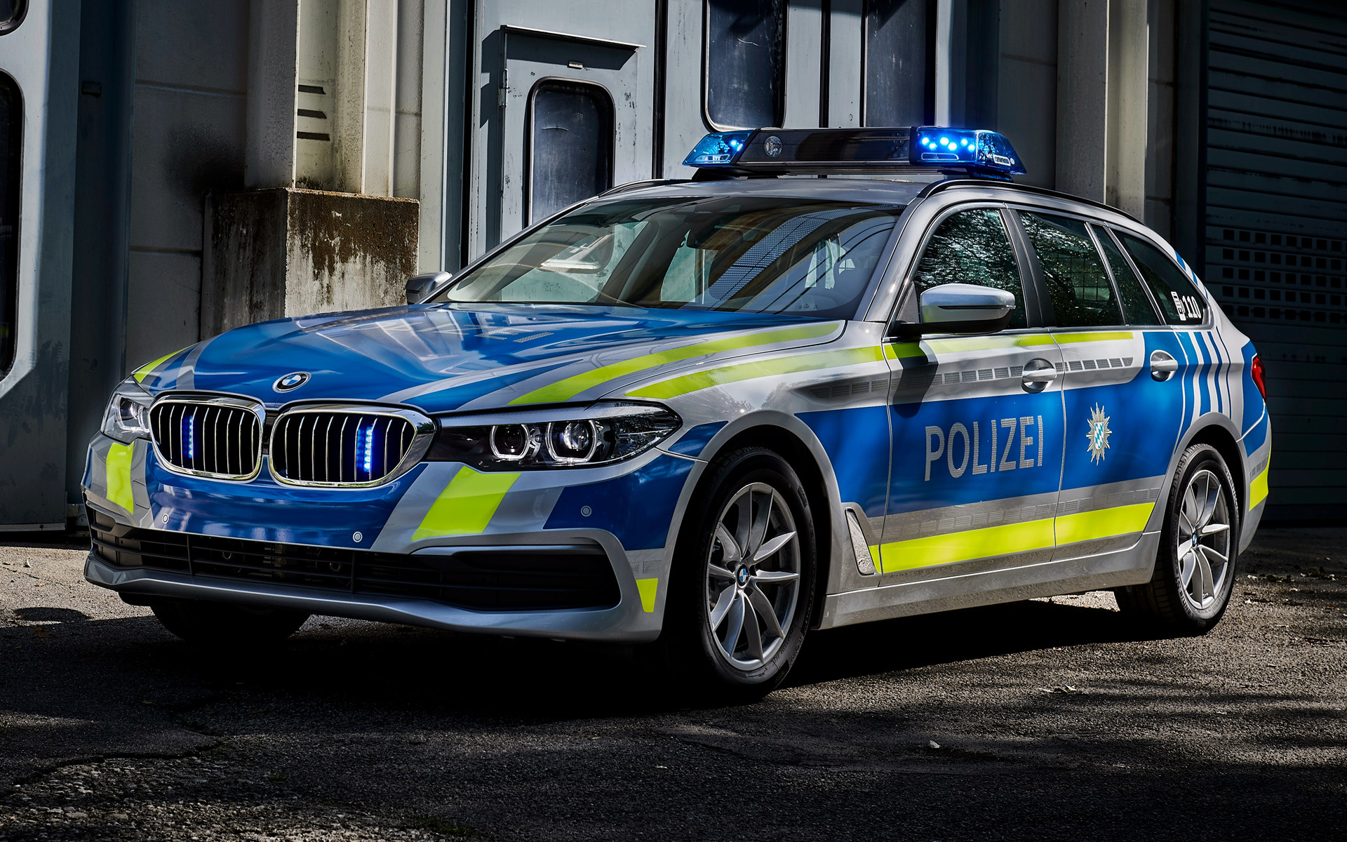 BMW 5 Series Touring Polizei (2017) Wallpapers and HD ...
