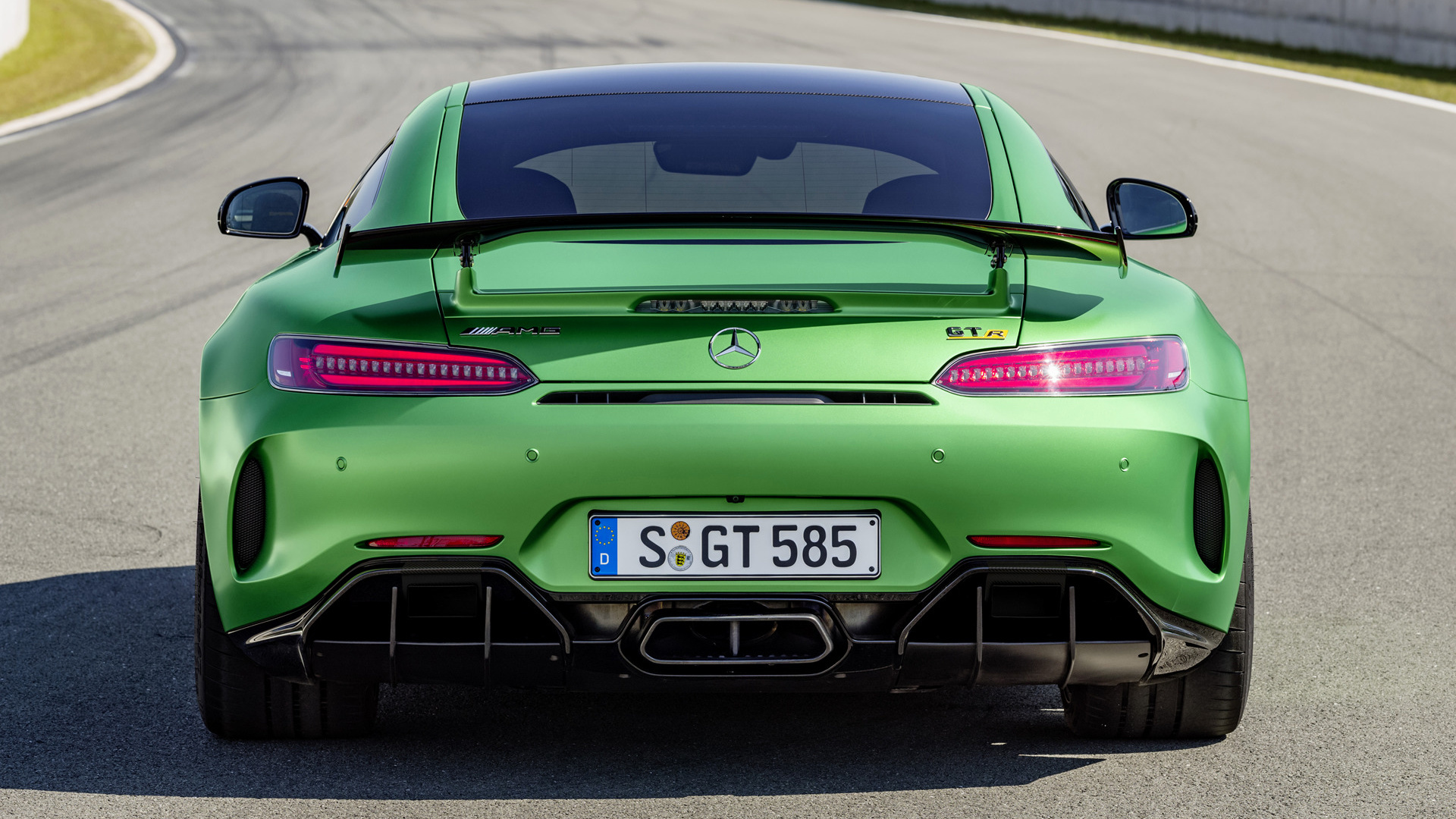 Mercedes Amg Gt R 2016 Wallpapers And Hd Images Car Pixel