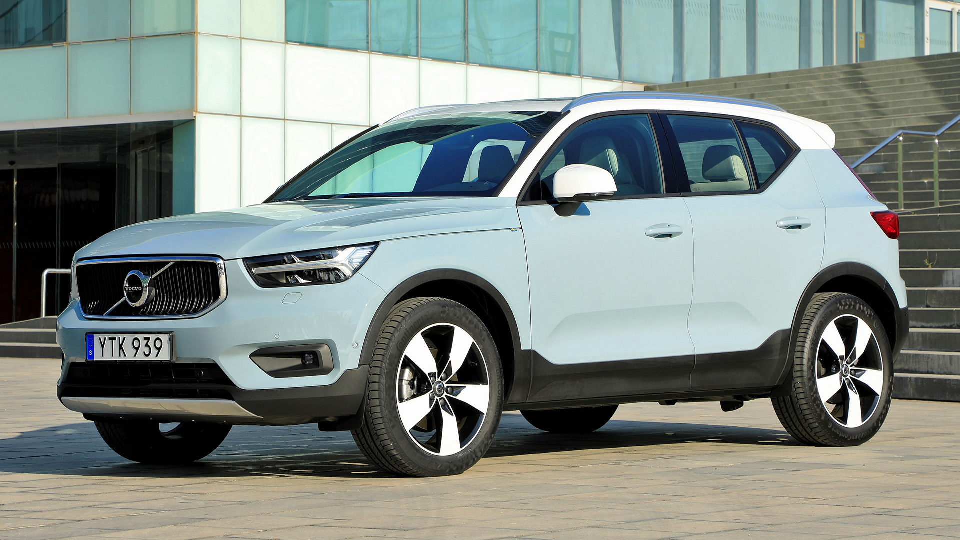 volvo xc40 2017 wallpapers and hd images car pixel. Black Bedroom Furniture Sets. Home Design Ideas