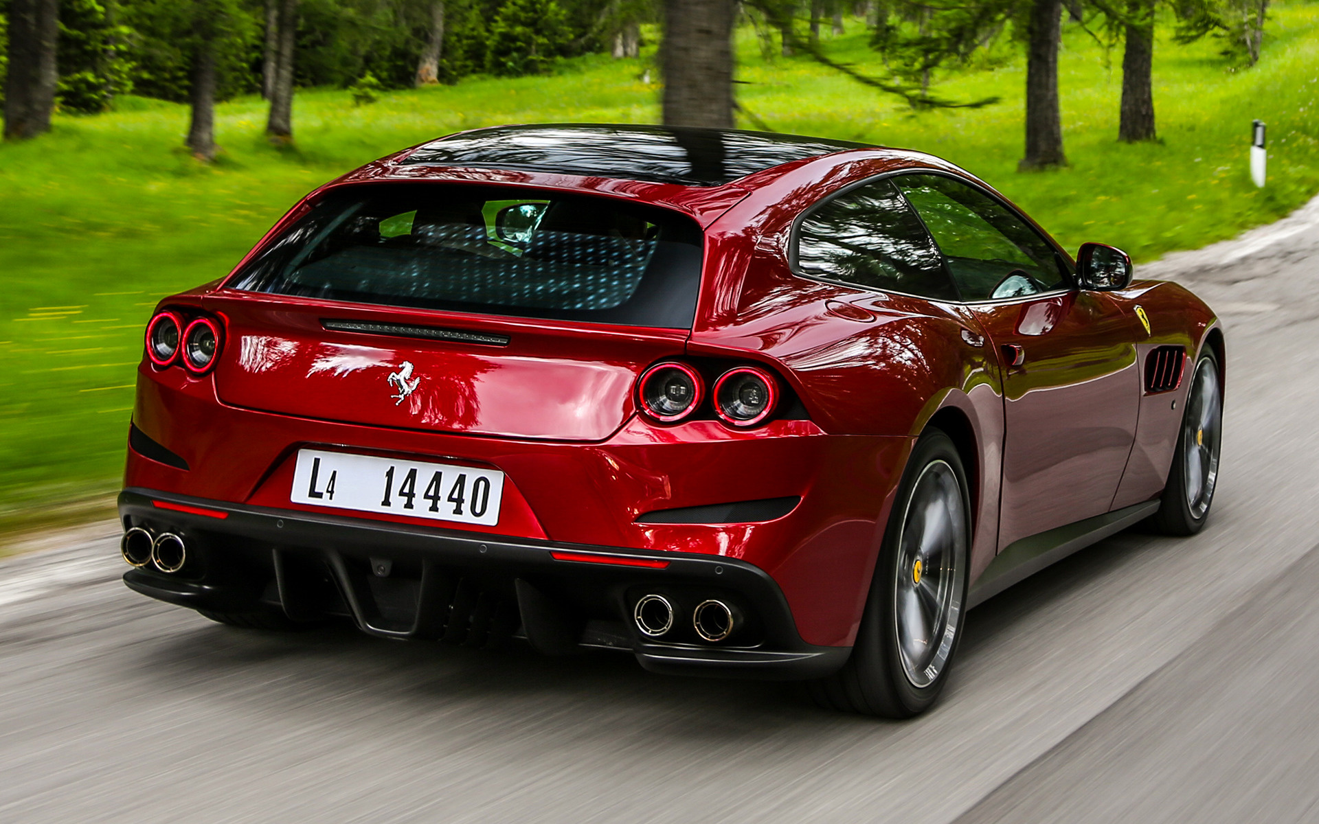 Ferrari Gtc4lusso 2016 Wallpapers And Hd Images Car Pixel