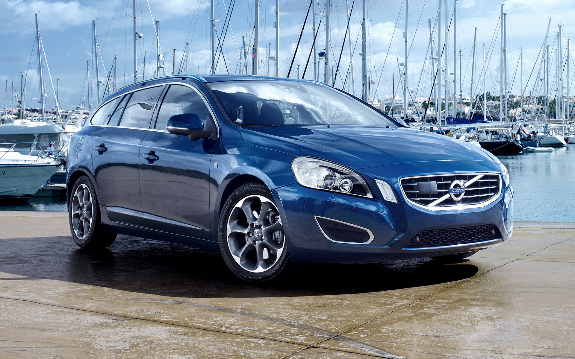 Volvo V60 Ocean Race 2011 Wallpapers And Hd Images Car