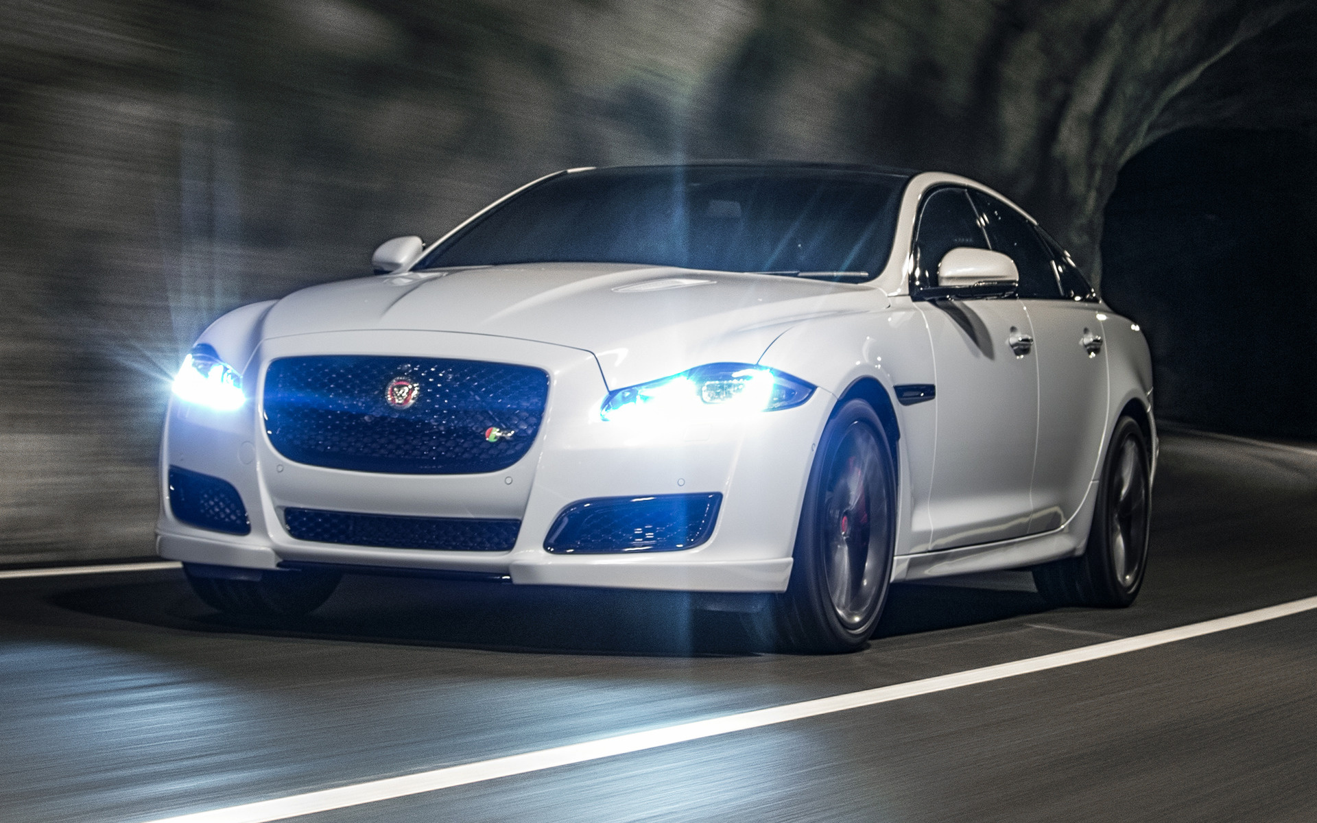 Jaguar Car Wallpaper Wallpapers High Quality: Jaguar XJR (2015) UK Wallpapers And HD Images