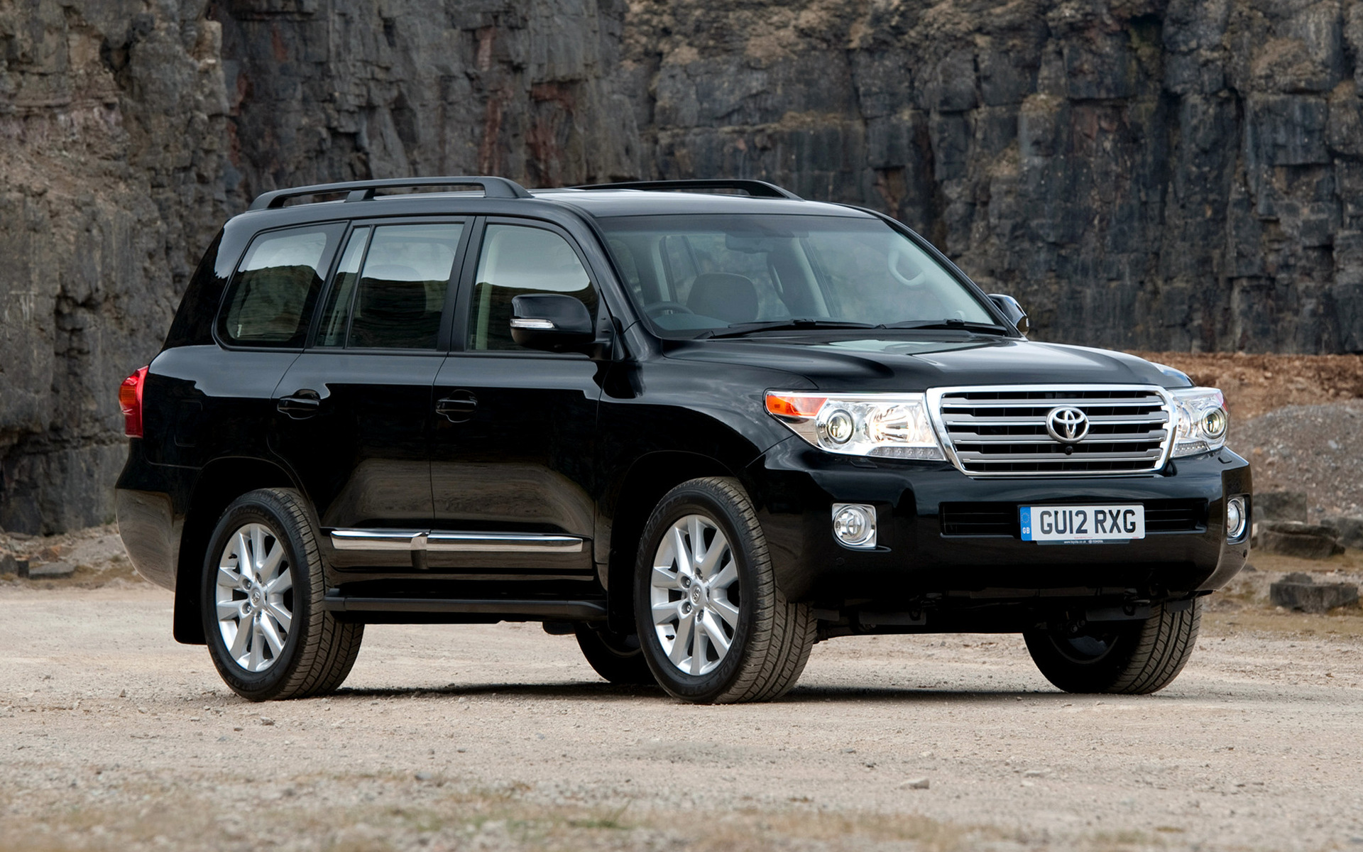 2012 Toyota Land Cruiser V8 Wallpapers And Hd Images