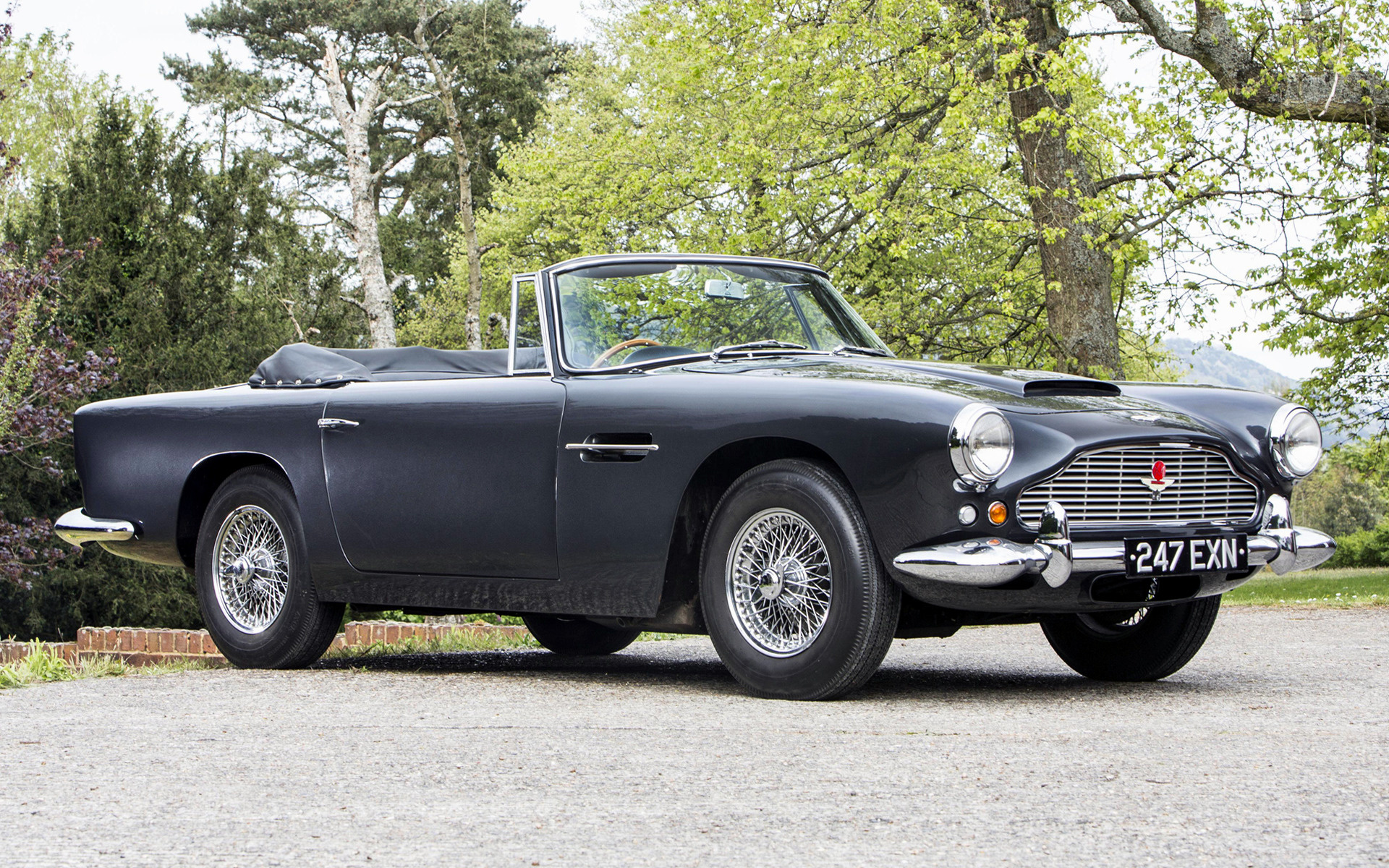 1961 Aston Martin Db4 Convertible Iv Uk Wallpapers