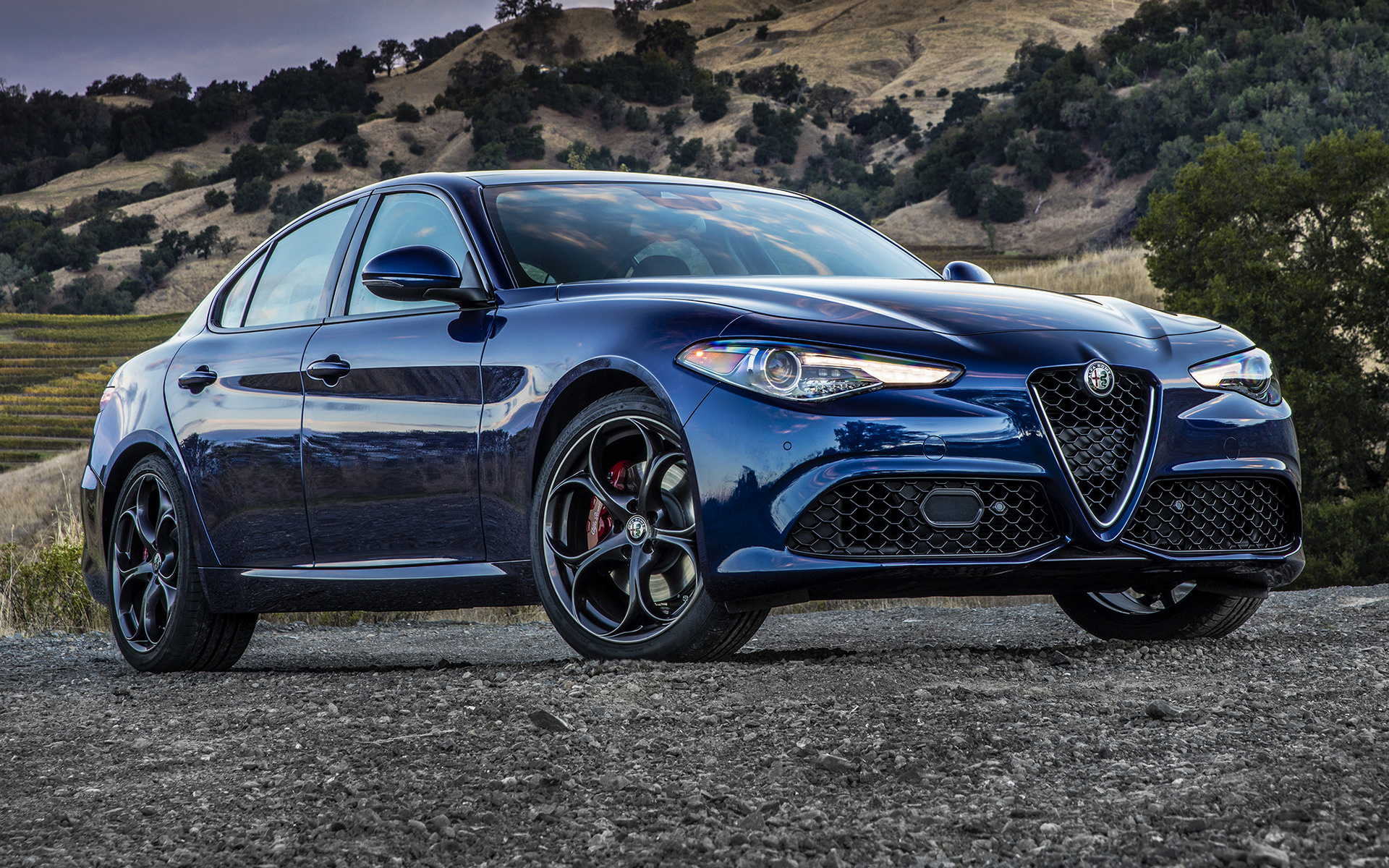 2017 Alfa Romeo Giulia Sport Us Wallpapers And Hd