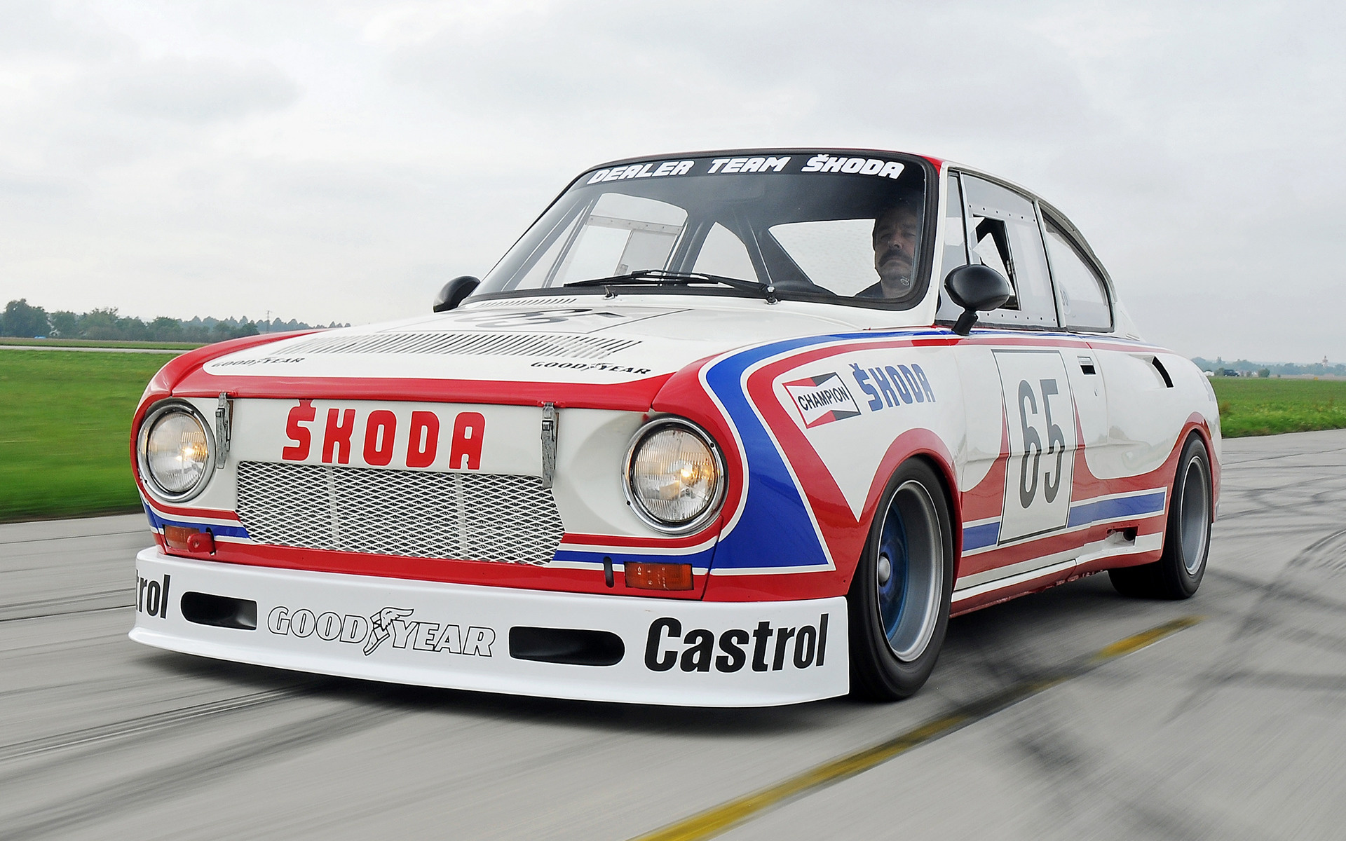 Land Rover Truck >> 1975 Skoda 130 RS Cup Car - Wallpapers and HD Images | Car ...