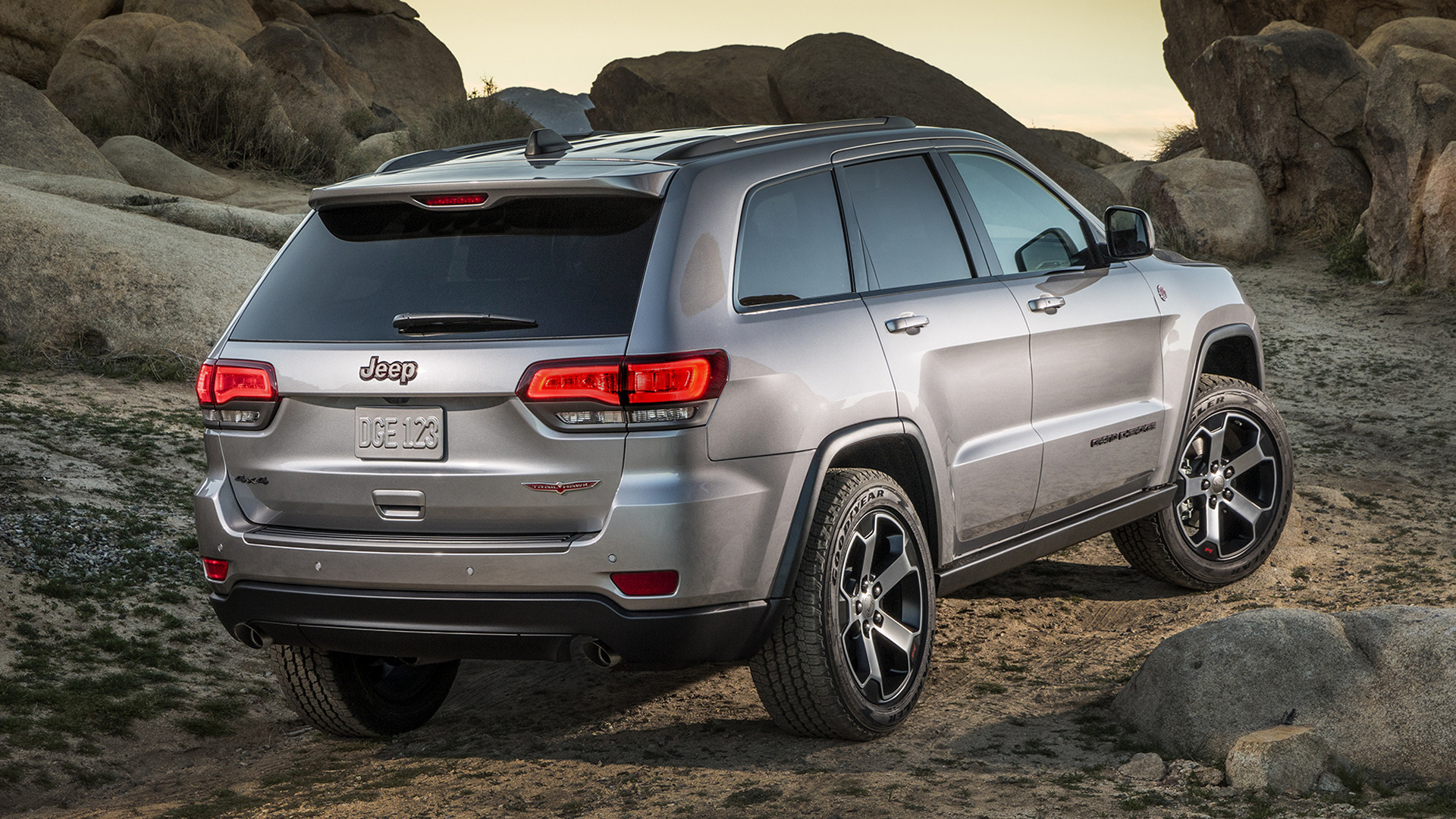 jeep grand cherokee trailhawk 2017 wallpapers and hd images car pixel. Black Bedroom Furniture Sets. Home Design Ideas
