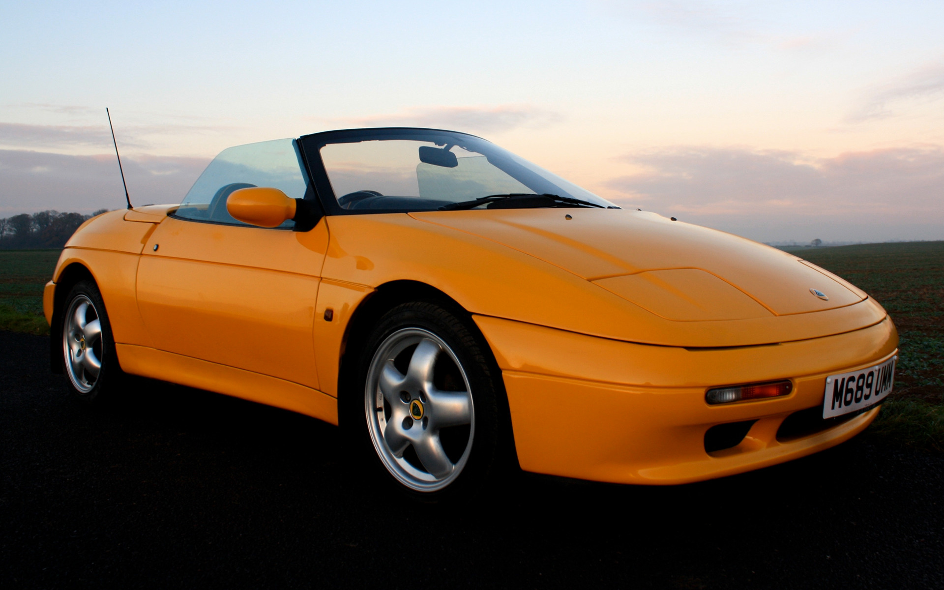 Lotus Elan S2 (1994) UK Wallpapers and HD Images - Car Pixel