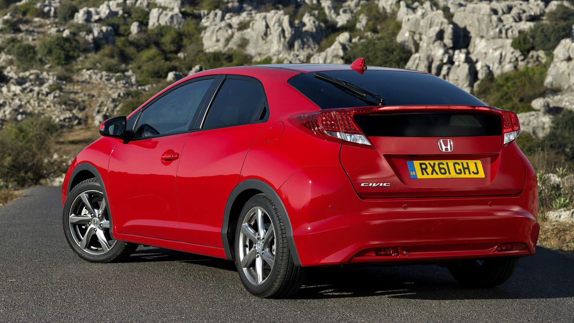 2011 Honda Civic Hatchback - Wallpapers and HD Images ...