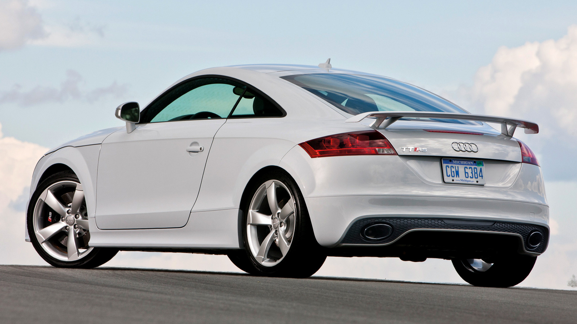 2011 audi tt rs coupe us wallpapers and hd images. Black Bedroom Furniture Sets. Home Design Ideas