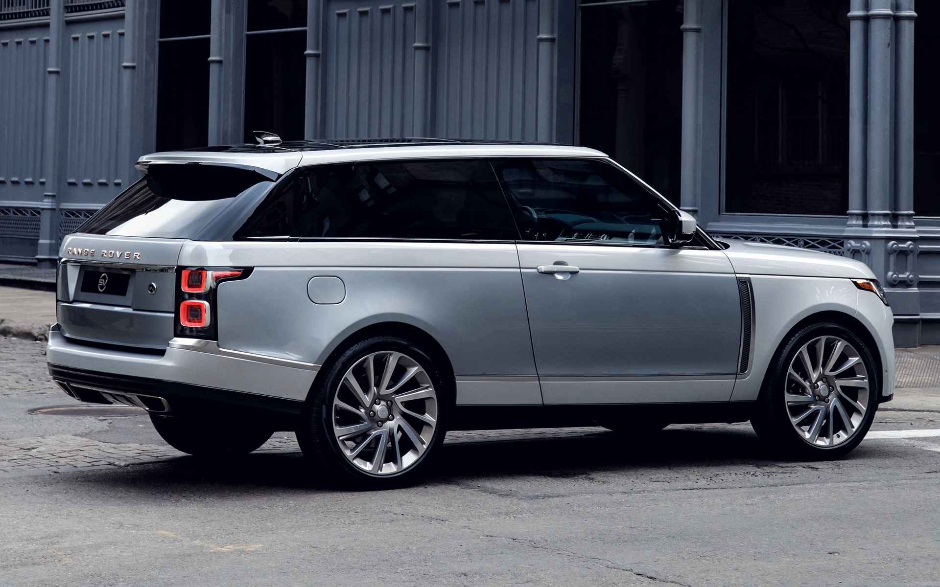 range rover sv coupe 2019 us wallpapers and hd images car pixel. Black Bedroom Furniture Sets. Home Design Ideas