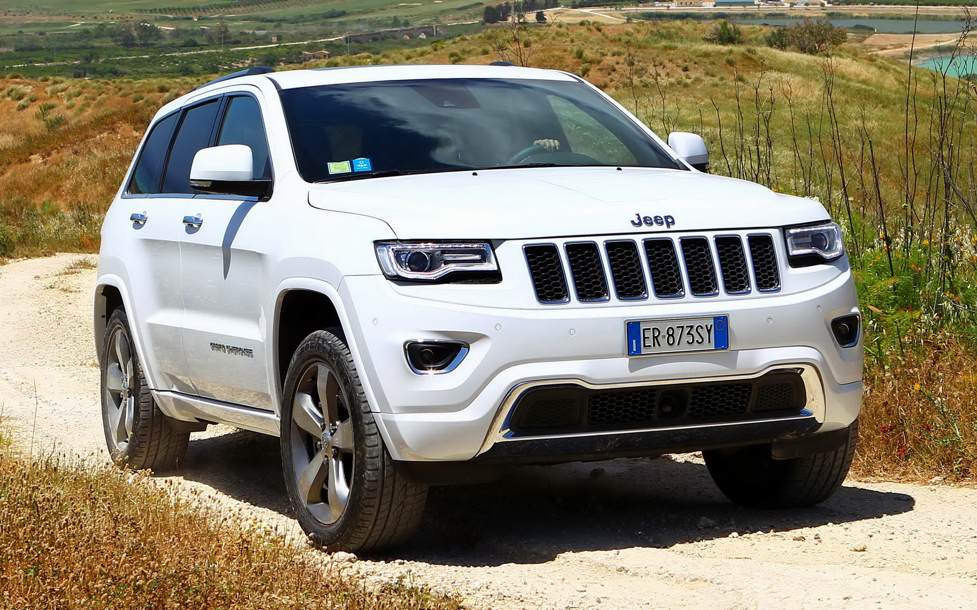 2013 Jeep Grand Cherokee Overland >> 2013 Jeep Grand Cherokee Overland Eu Wallpapers And Hd