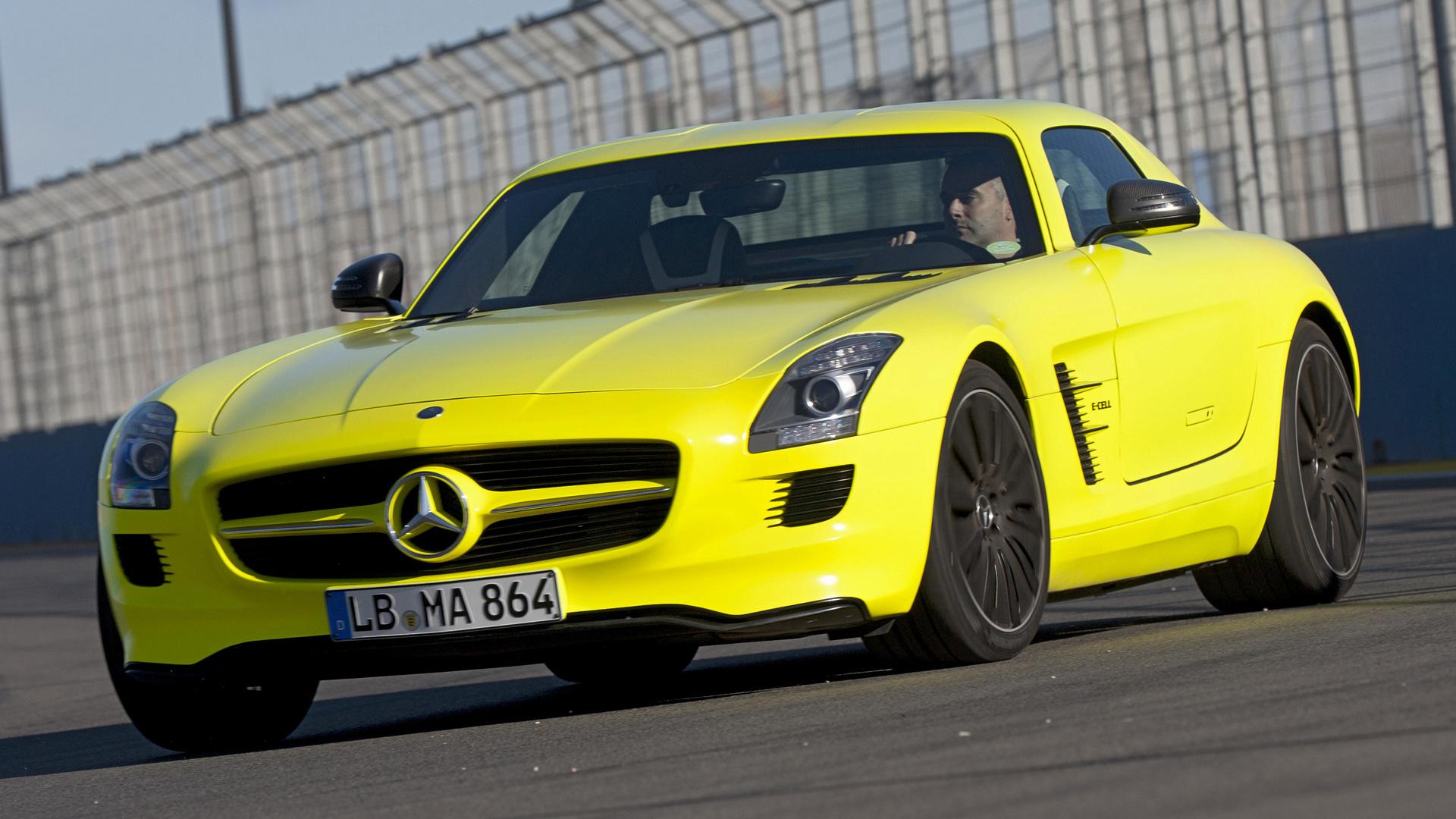желтый автомобиль Mercedes-Benz SLS AMG E-Cell подборки