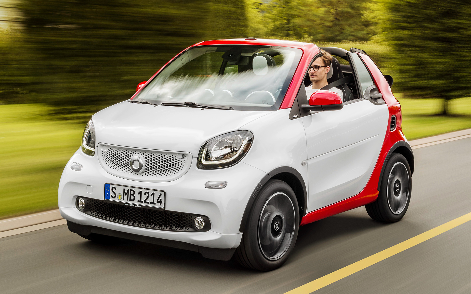 Mitsubishi Electric Car >> 2016 Smart Fortwo Cabrio passion - Wallpapers and HD ...