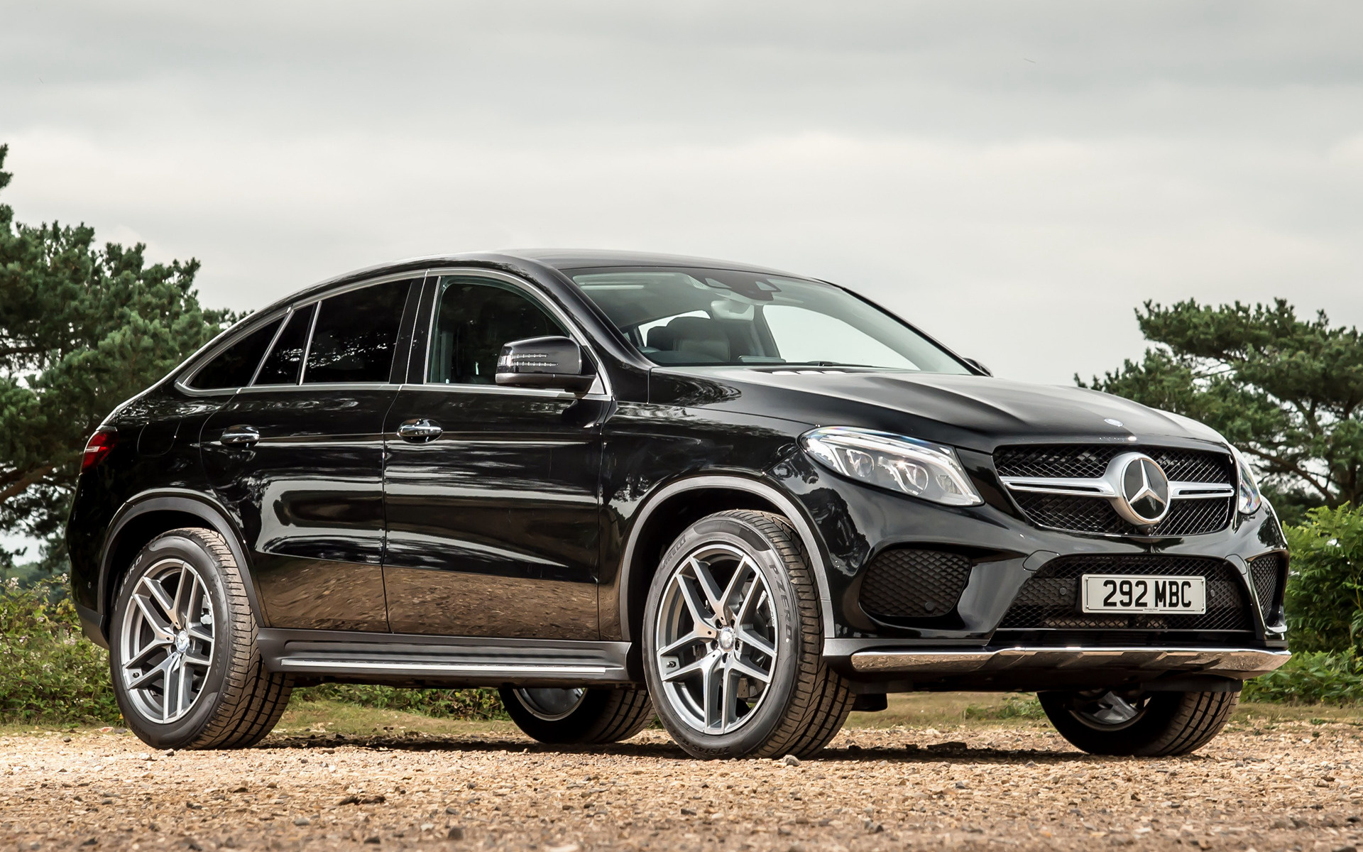 mercedes benz gle class coupe amg line 2015 uk wallpapers and hd images car pixel. Black Bedroom Furniture Sets. Home Design Ideas