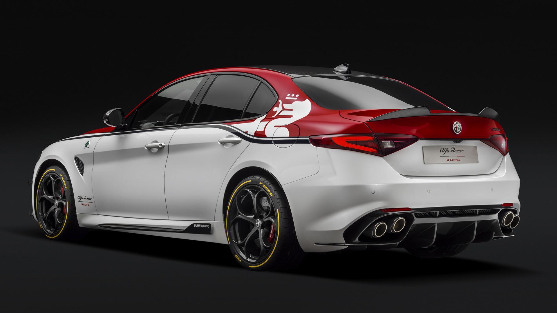 Alfa Romeo Giulia >> 2019 Alfa Romeo Giulia Quadrifoglio Alfa Romeo Racing ...