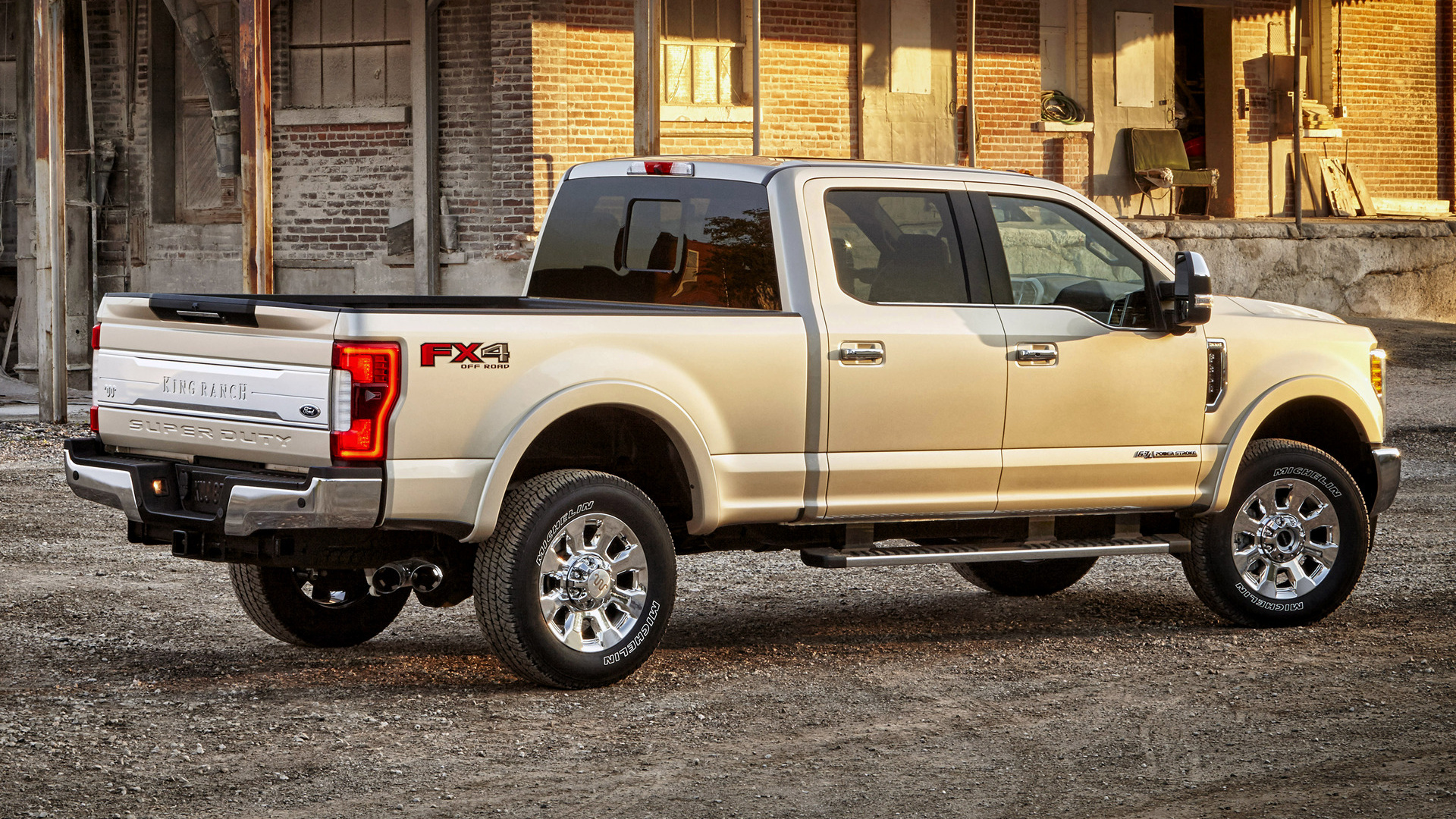 2017 Ford F-350 King Ranch FX4 Crew Cab - Wallpapers and HD Images | Car Pixel