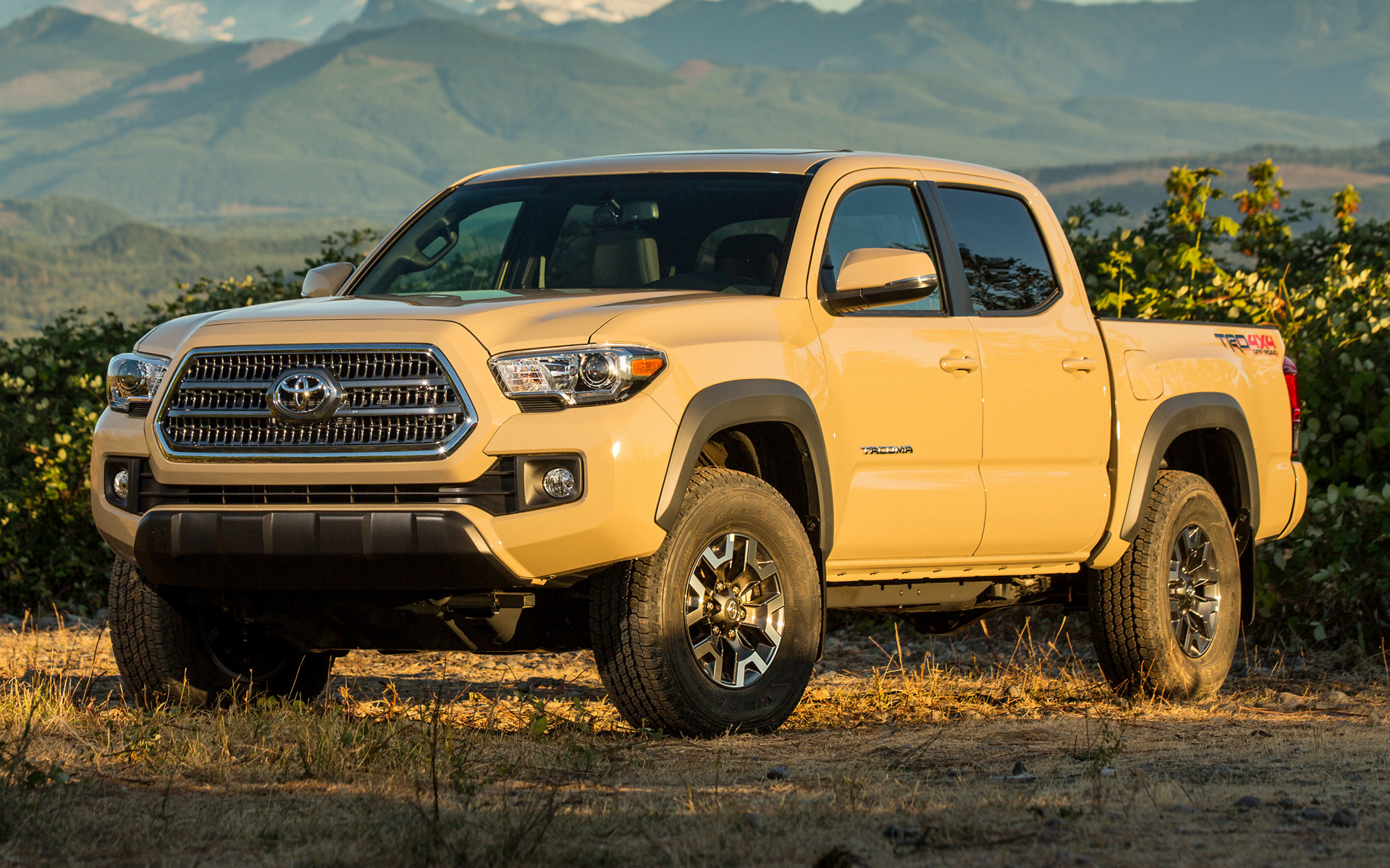 Toyota Tacoma TRD Off-Road Double Cab (2016) Wallpapers and HD Images - Car Pixel