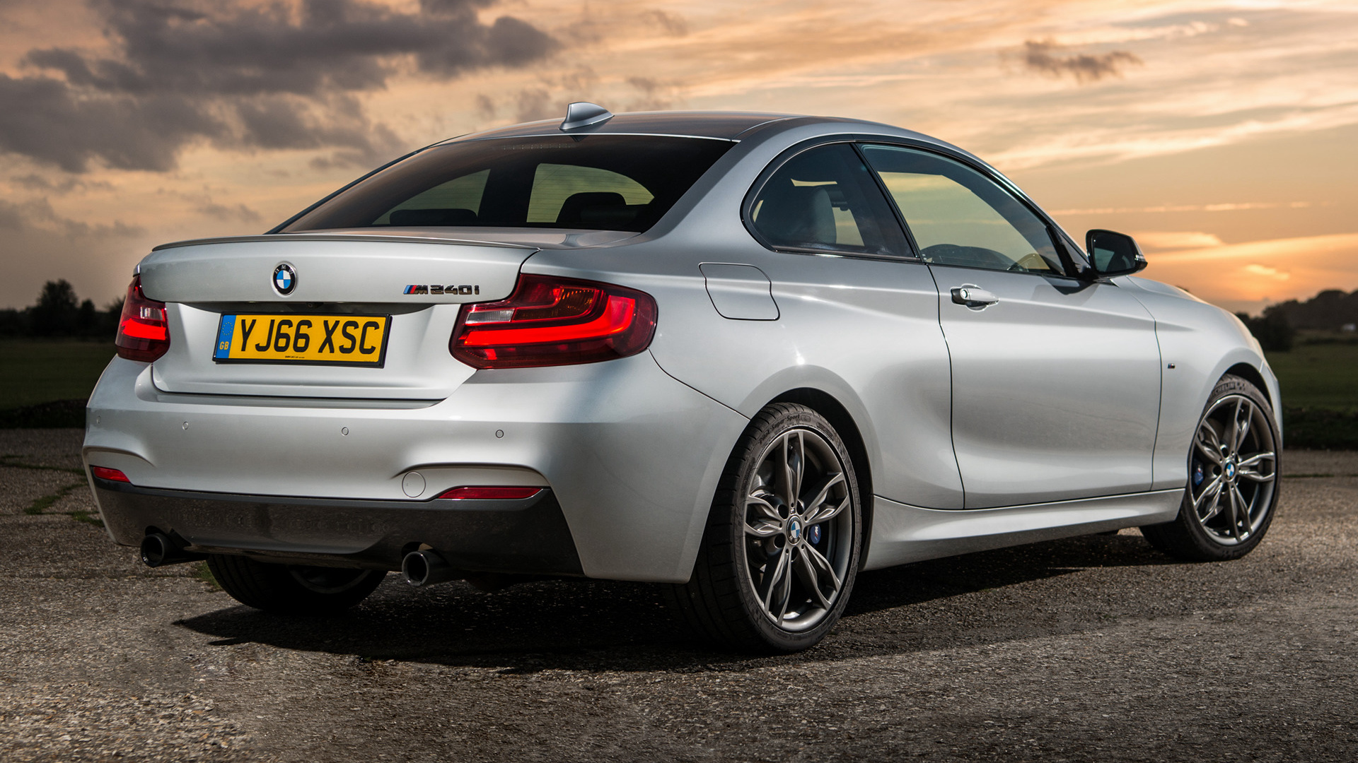 Genesis Coupe 2016 >> 2016 BMW M240i Coupe (UK) - Wallpapers and HD Images | Car ...