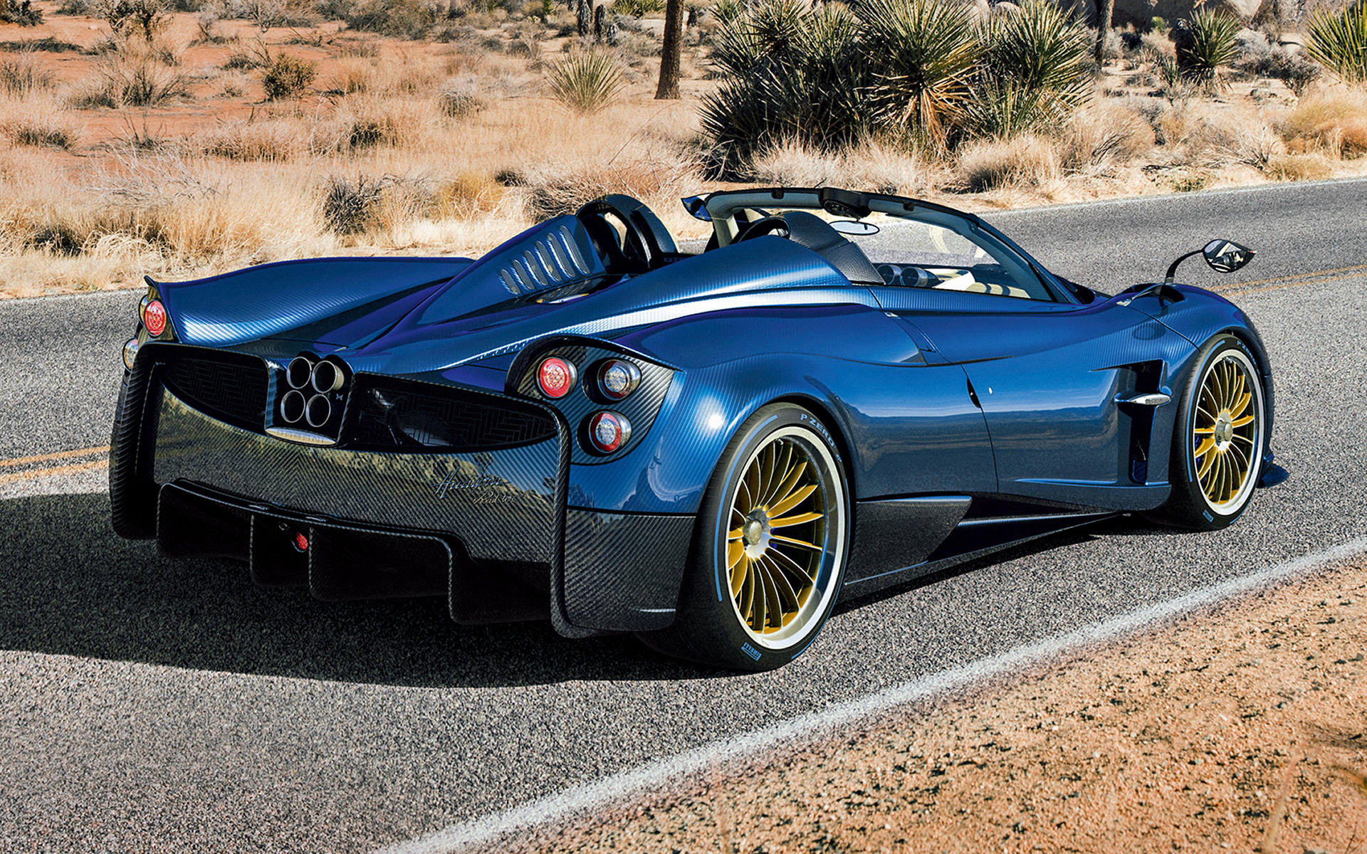 9 Seater Car >> 2017 Pagani Huayra Roadster - Wallpapers and HD Images ...