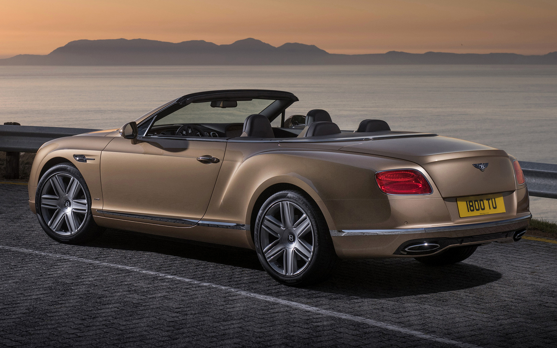 Bentley Continental GT Convertible 2015 Wallpapers And HD Images