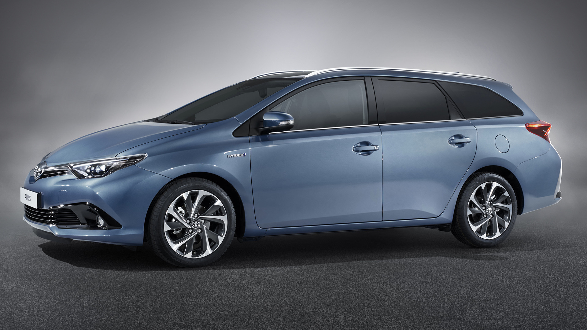 toyota auris touring sports hybrid 2015 wallpapers and hd images car pixel. Black Bedroom Furniture Sets. Home Design Ideas