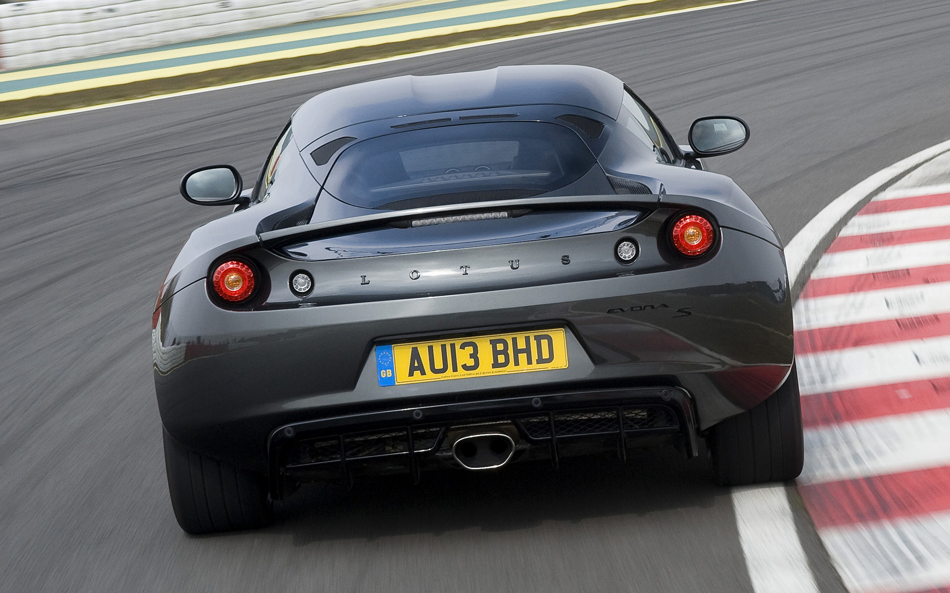 https://www.carpixel.net/w/d6d3dc505f7bdefae0cfd4d34848af50/lotus-evora-s-sports-racer-car-wallpaper-41992.jpg