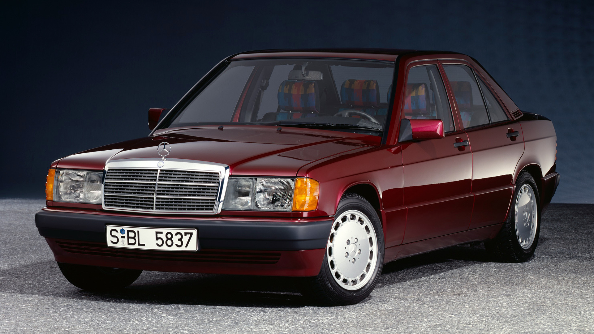 1992 mercedes benz 190 e rosso wallpapers and hd images. Black Bedroom Furniture Sets. Home Design Ideas