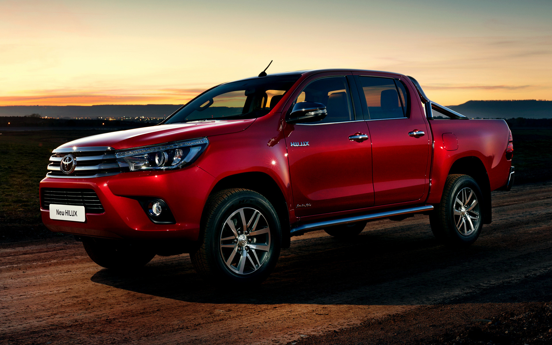 Toyota Hilux Invincible Double Cab 2015 Wallpapers And