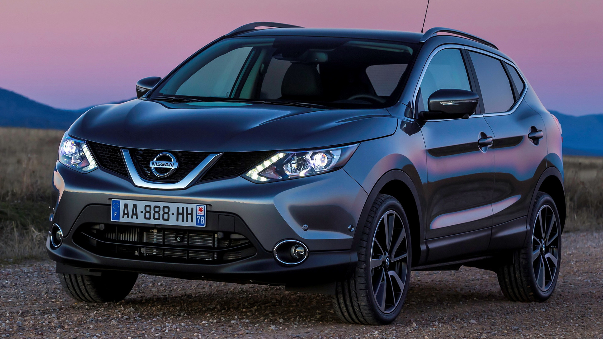 2014 nissan qashqai wallpapers and hd images car pixel. Black Bedroom Furniture Sets. Home Design Ideas