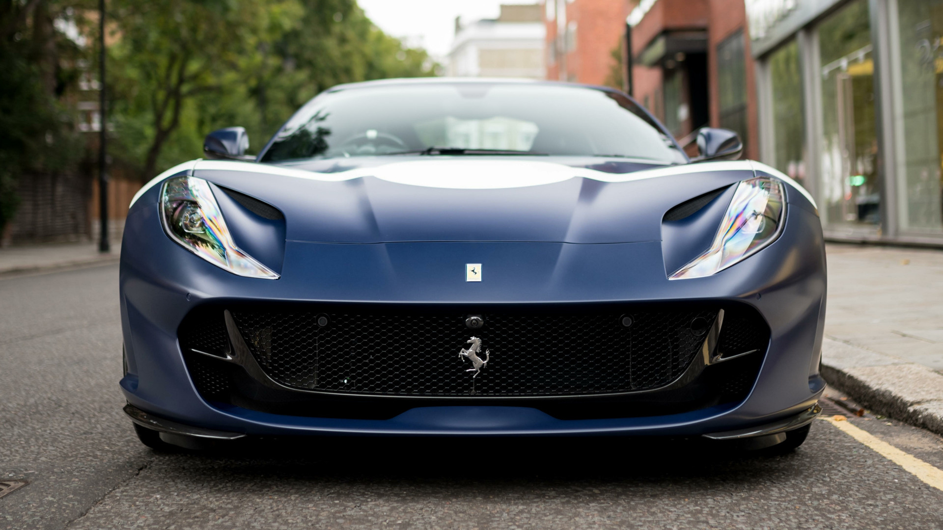2018 Ferrari 812 Superfast Tailor Made Inspired By Stirling Moss Uk Wallpapers And Hd Images Car Pixel