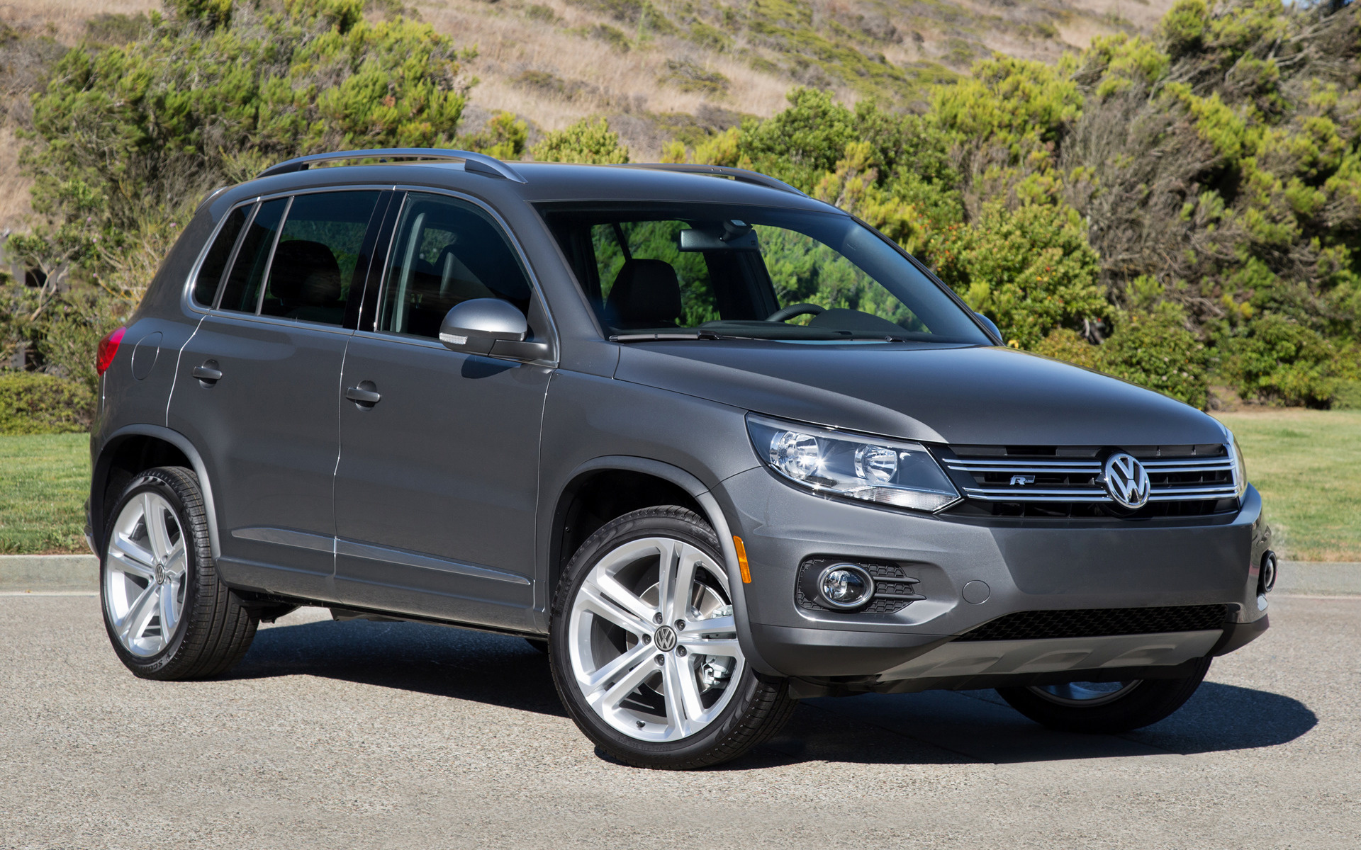 price research autotrader ca volkswagen specs options trims tiguan reviews photos