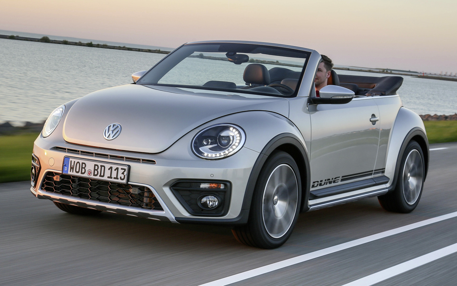 New Beetle 2018 >> Volkswagen Beetle Dune Cabriolet (2016) Wallpapers and HD ...