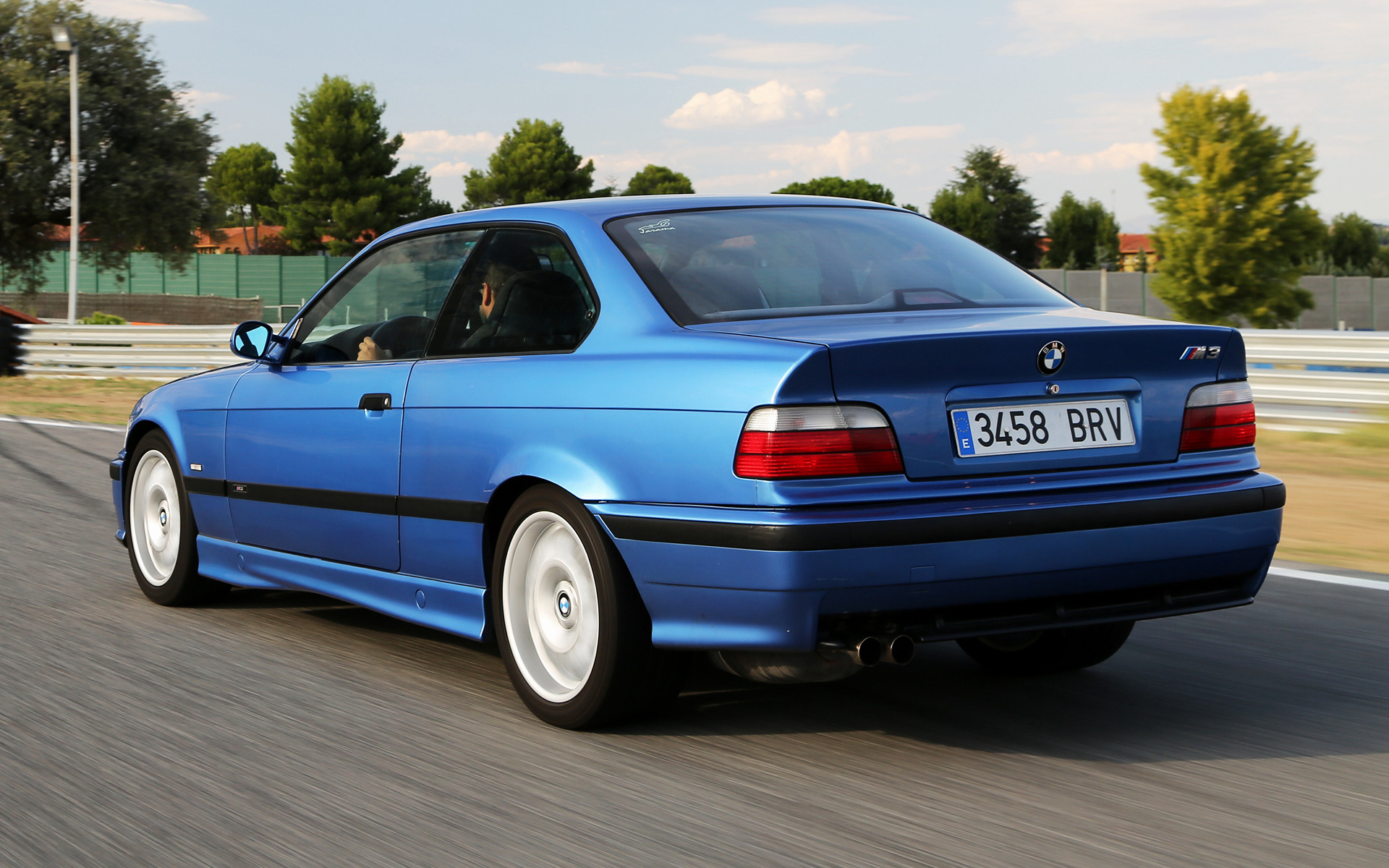 BMW M3 Coupe (1992) Wallpapers and HD Images - Car Pixel