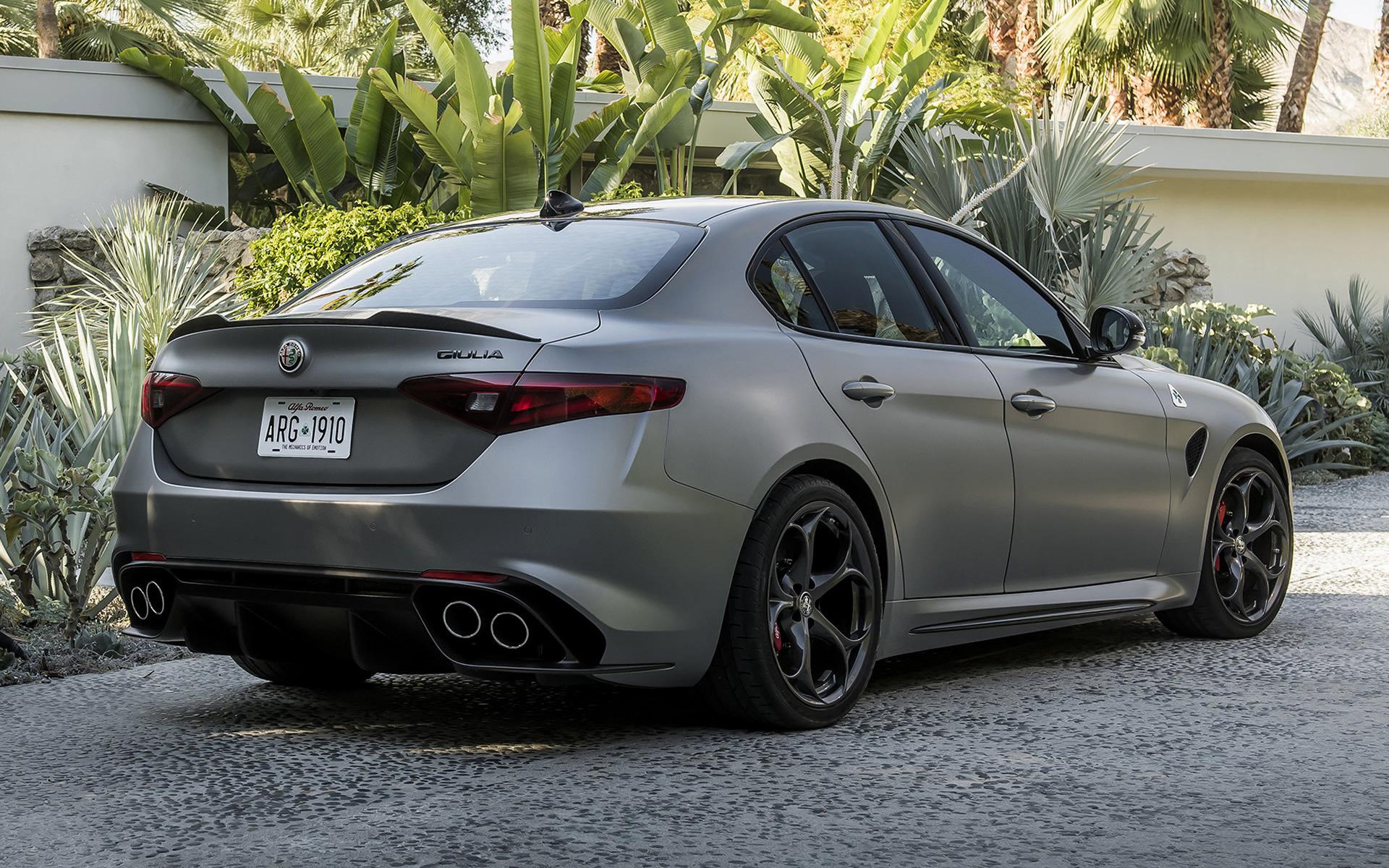 Alfa Romeo Giulia >> 2019 Alfa Romeo Giulia Quadrifoglio NRing (US ...