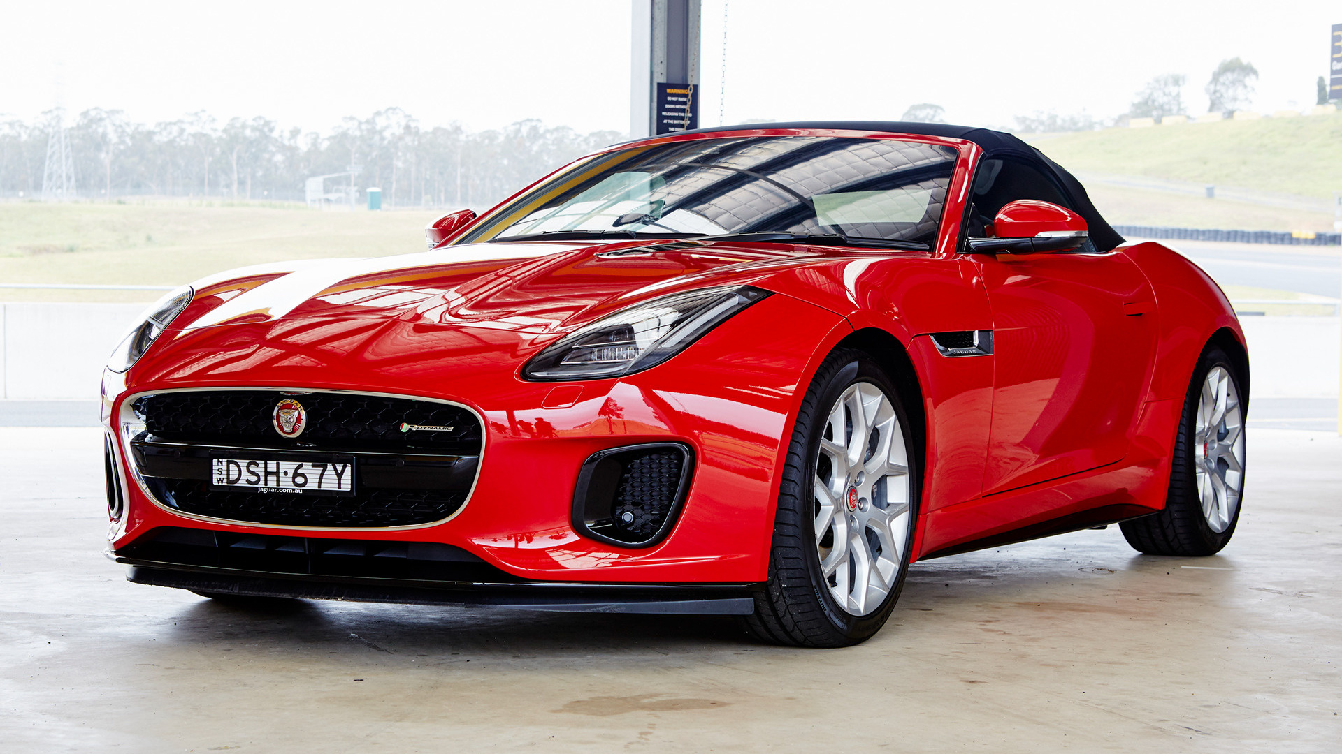 jaguar f type convertible r dynamic 2017 au wallpapers and hd images car pixel. Black Bedroom Furniture Sets. Home Design Ideas